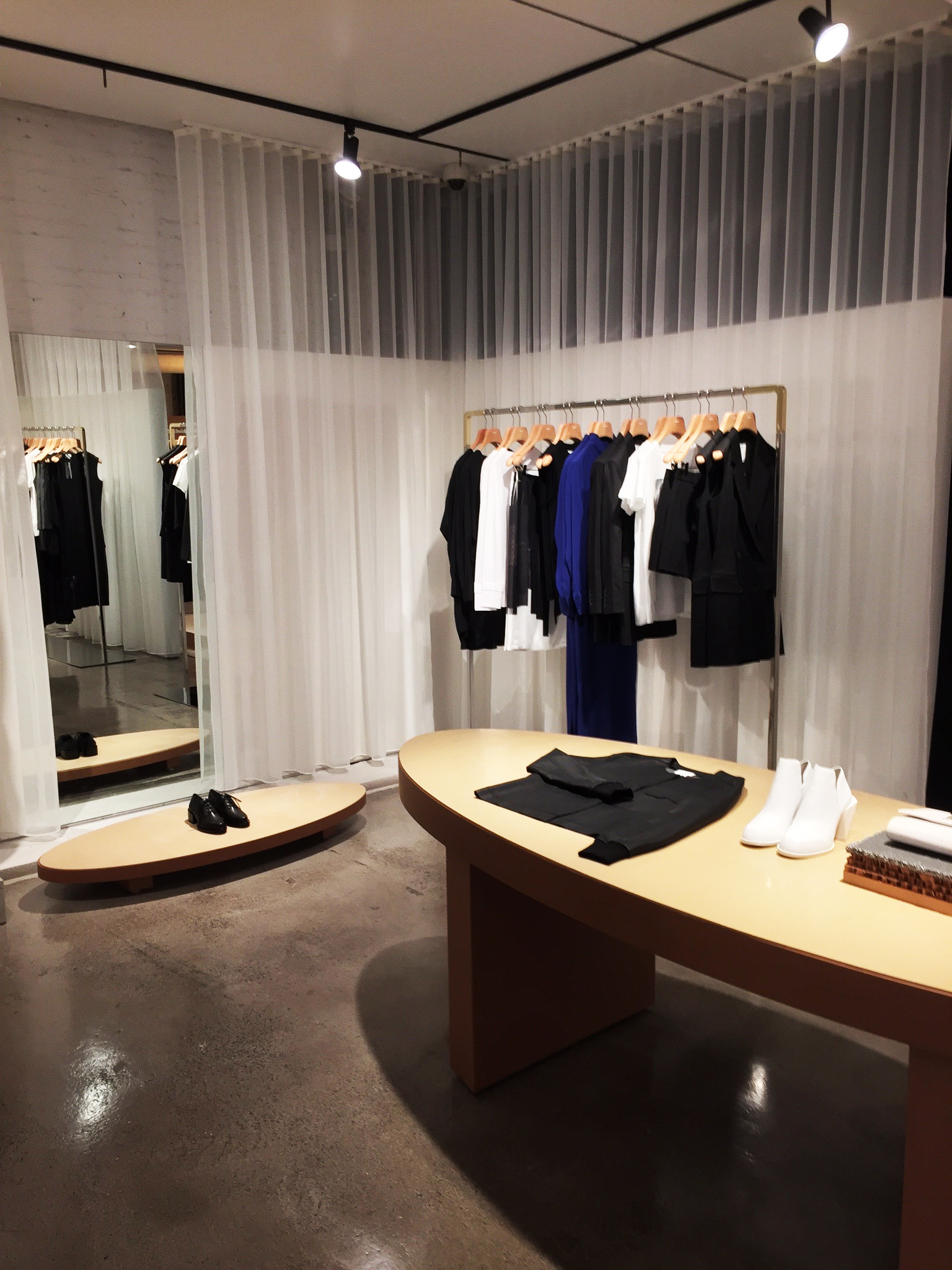 DKNY-Soho-curtains.jpg