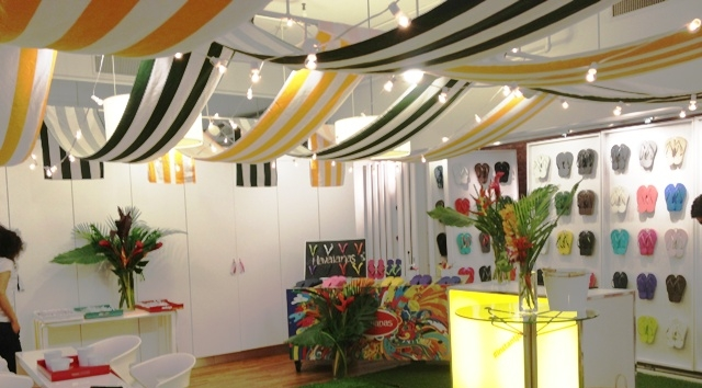 Banners, Lit Acrylic Bar, Pillows and Styling for Havaianas
