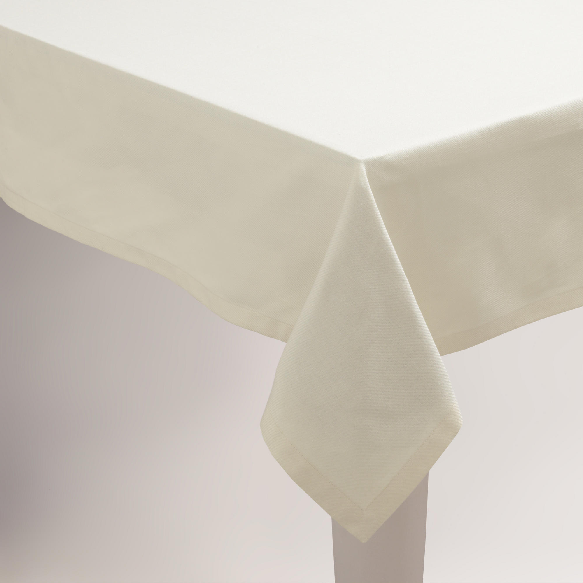 "Unfitted Tablecloth with 6"" Drop"