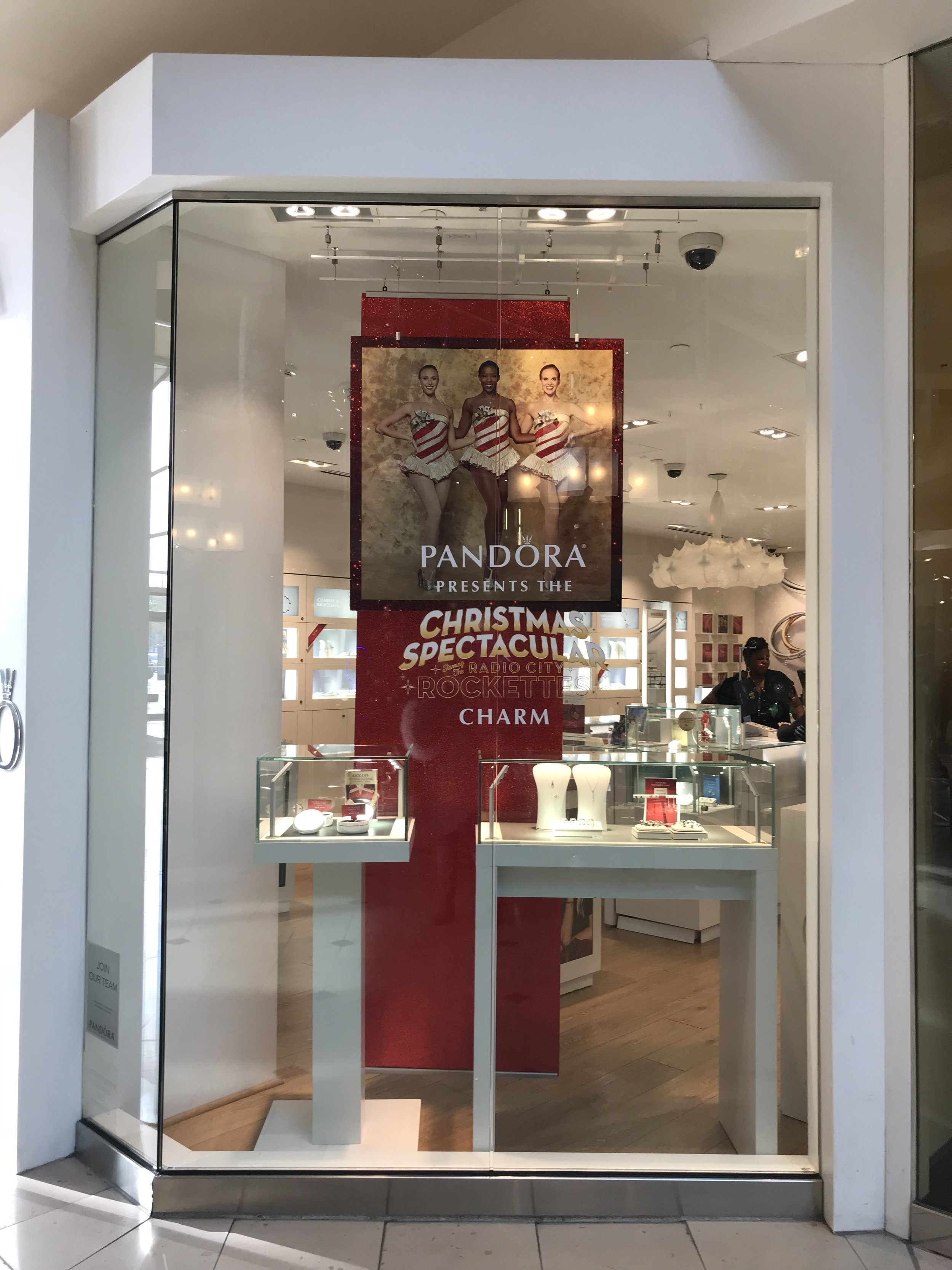 Red Glitter Window Banners for Pandora