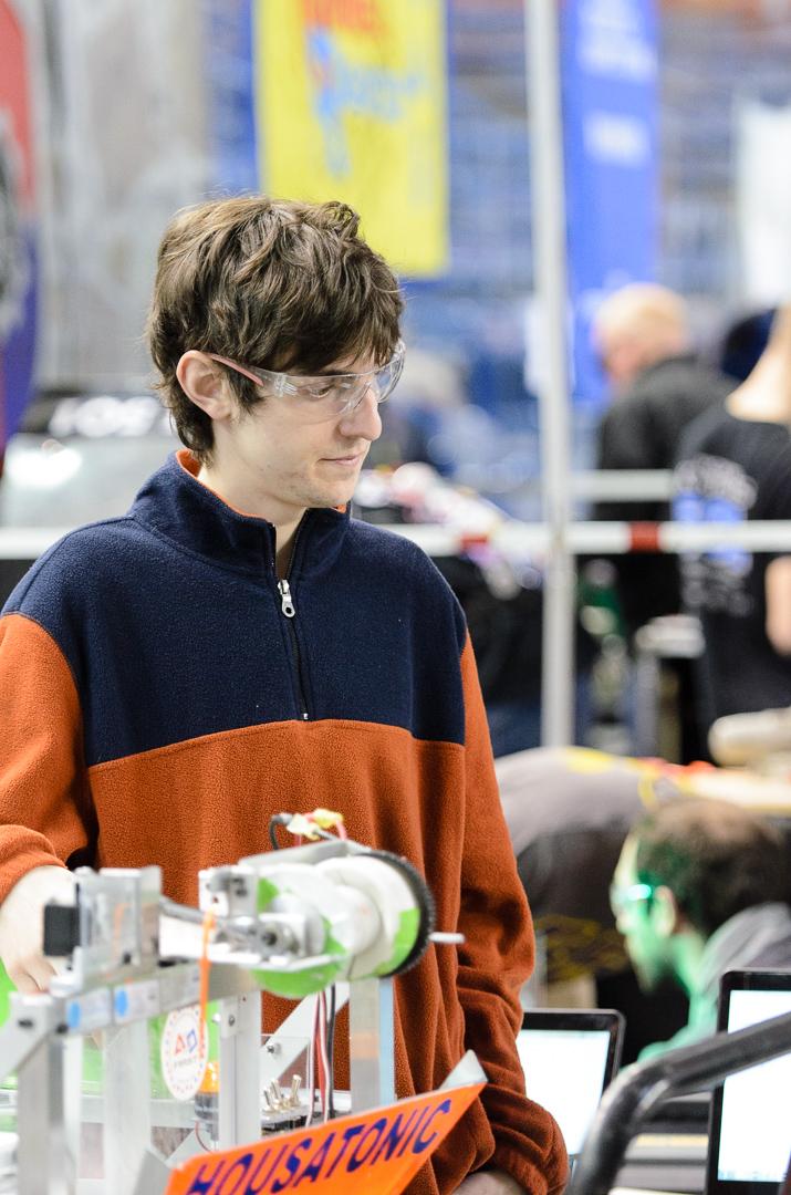 Steve: Mentor, Alumni Class of 2012  BD Robotics Engineer
