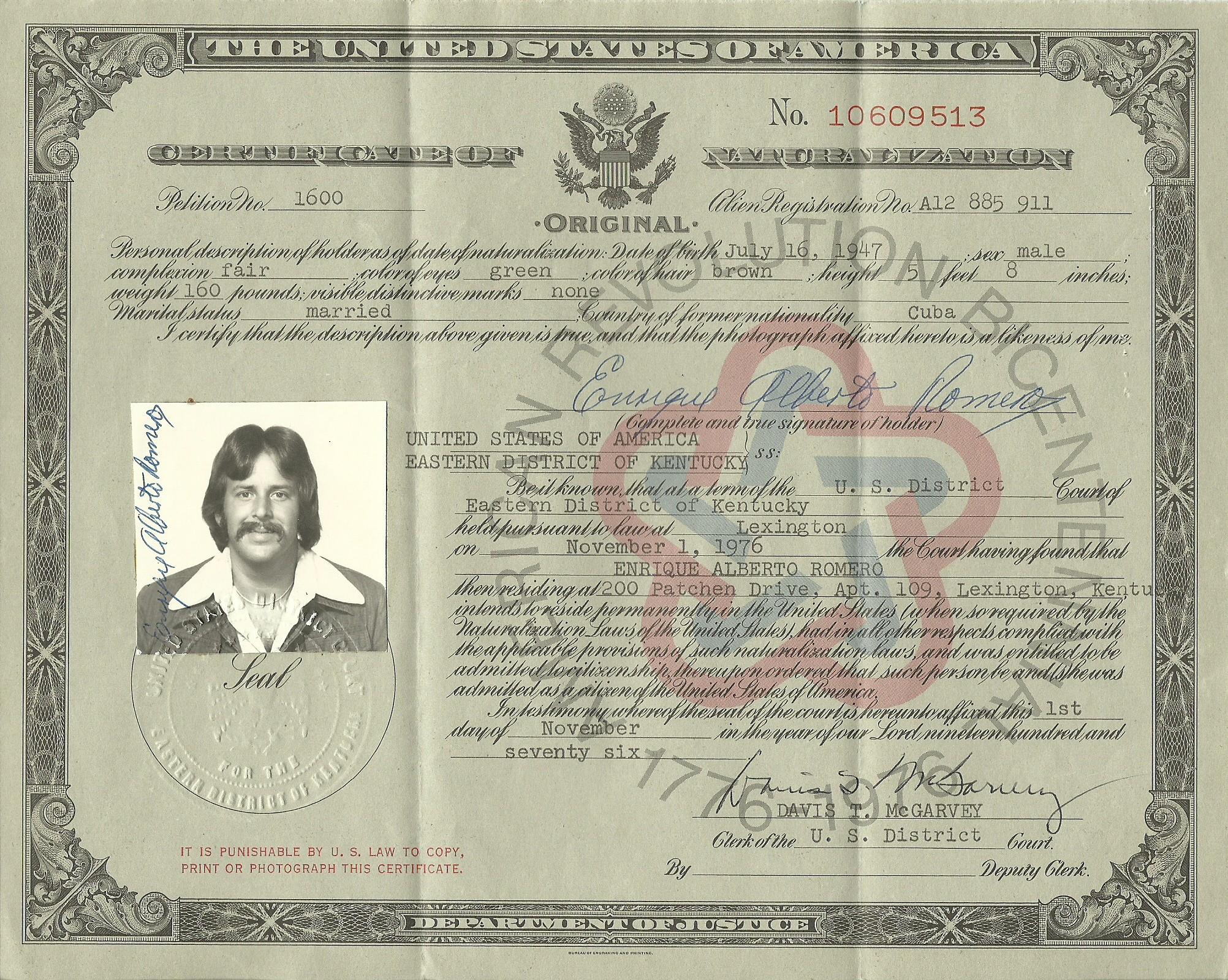 1976 1101 EAR Citizenship Certificate.jpg