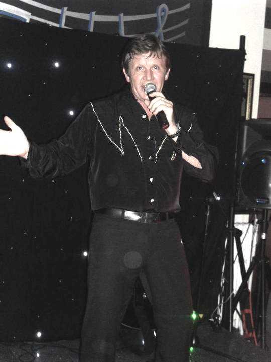 Neil Diamond Tribute2 xsp.co.uk.jpg