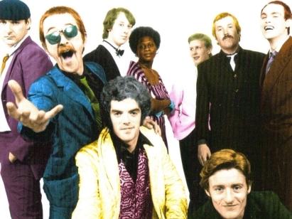 DARTS - Ft. original singers DAN HEGERTY, RITA RAY, GRIFF FENDER, saxophonist HORATIO HORNBLOWER, bassist THUMP THOMSON