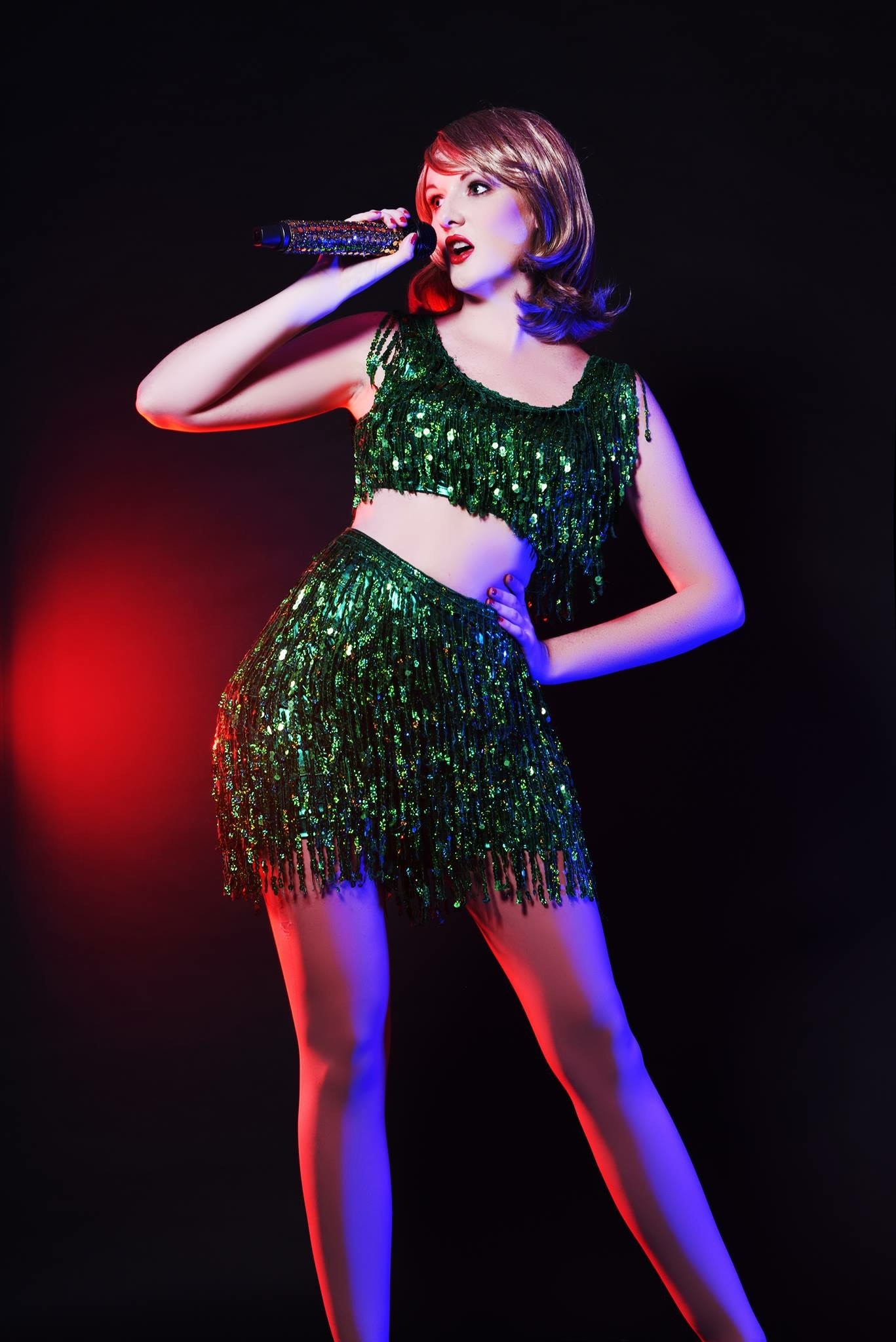 Taylor Swift2 xsp.co.uk.jpg