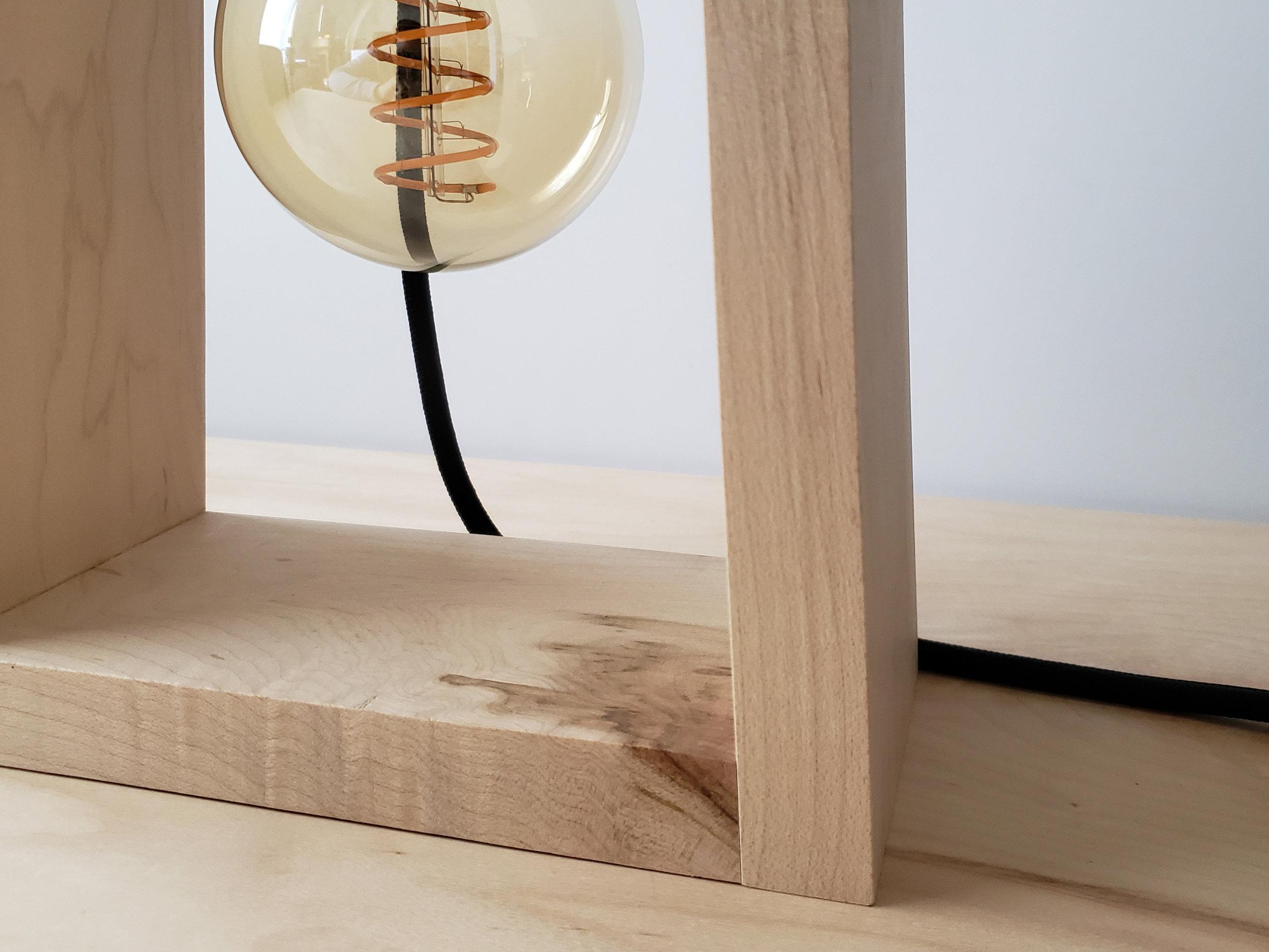 EMERY BEDSIDE LAMP -