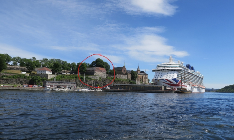 Resistance Museum circled - next to the fortress - next to a giant cruise ship
