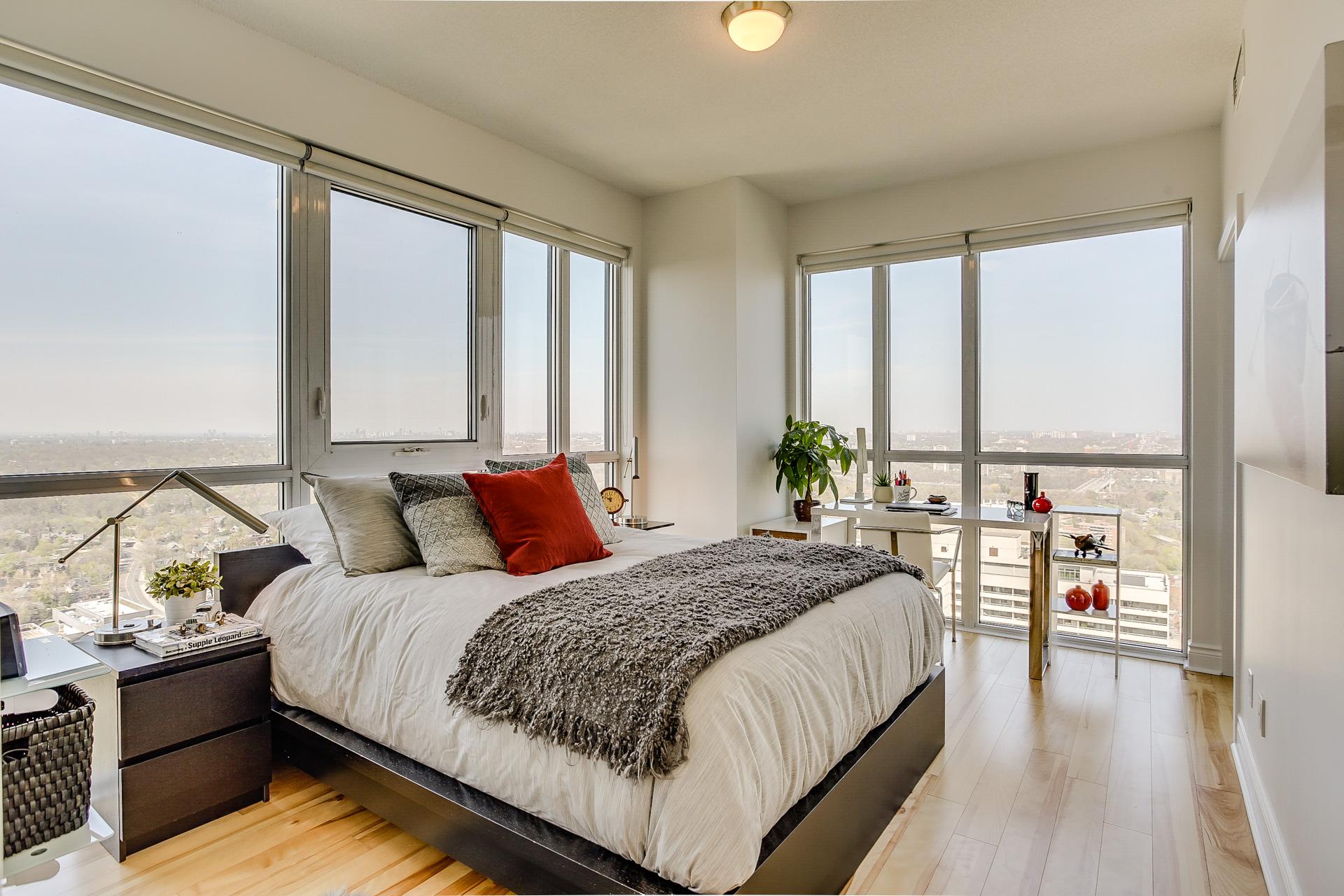 30_master_bedroom1.jpg