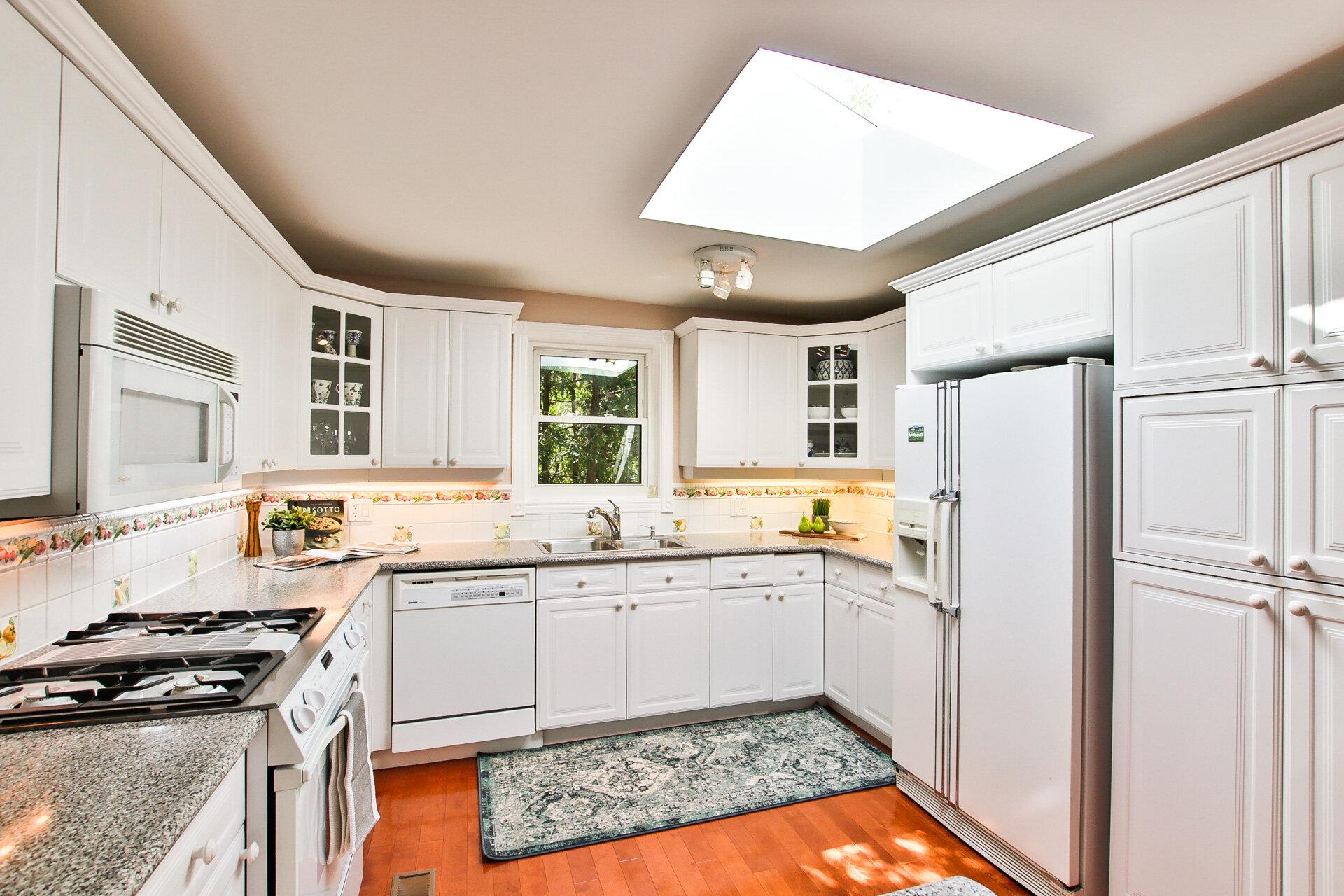 18_kitchen.jpg