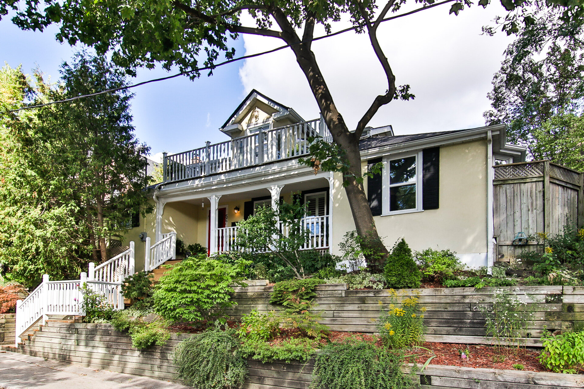56 Grandview Ave - SOLD