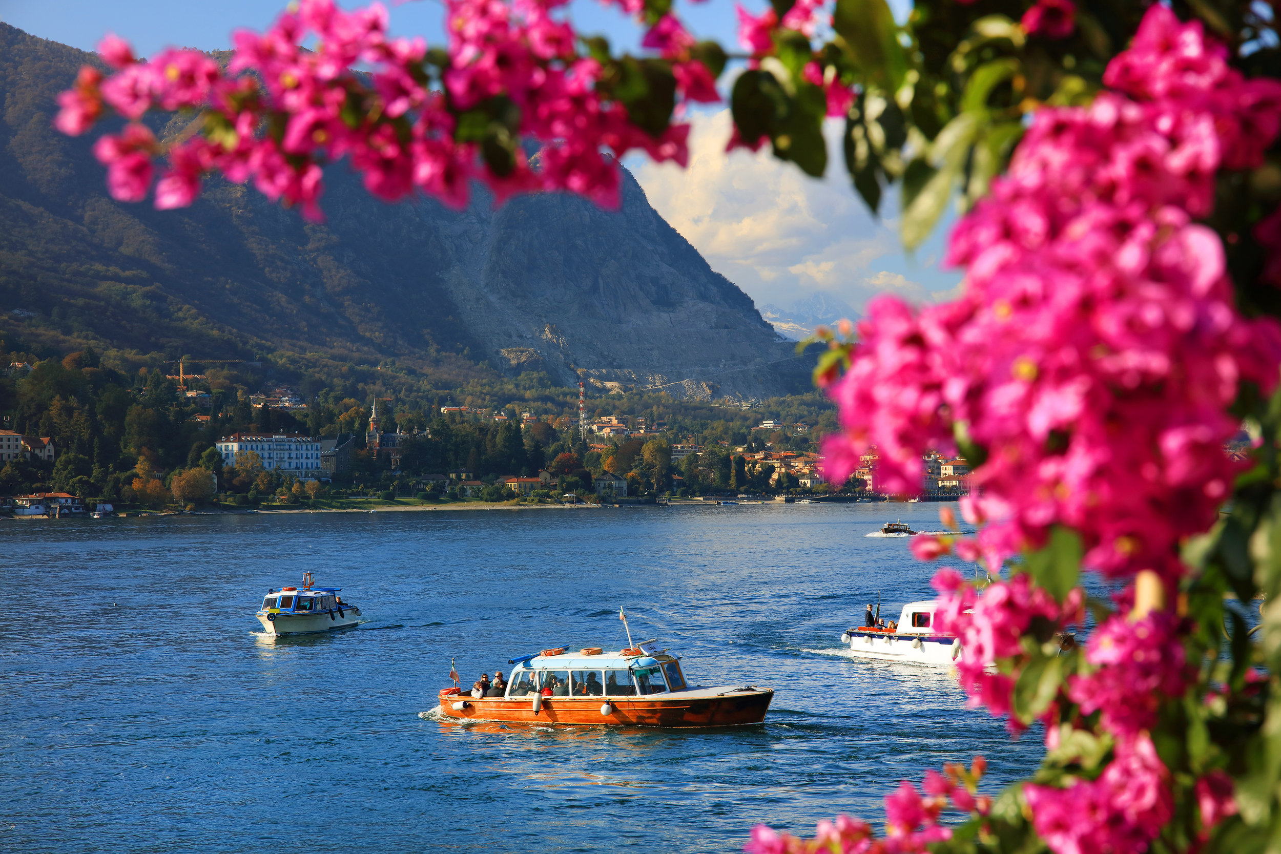 italy_piedmonte_isola_bella_bigstock-Scenic-view-of-the-Isola-Bella-170020031.jpg