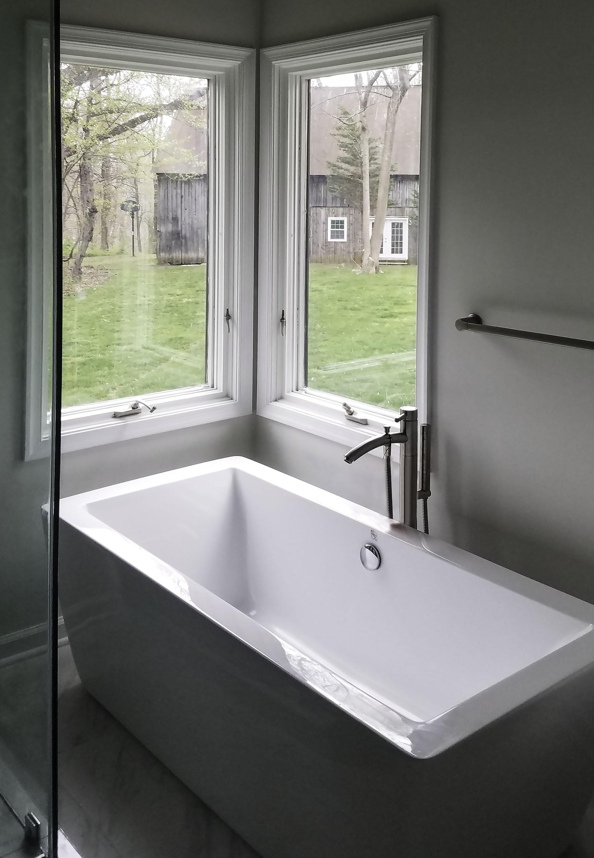 r2sr bathroom5 edit.jpg