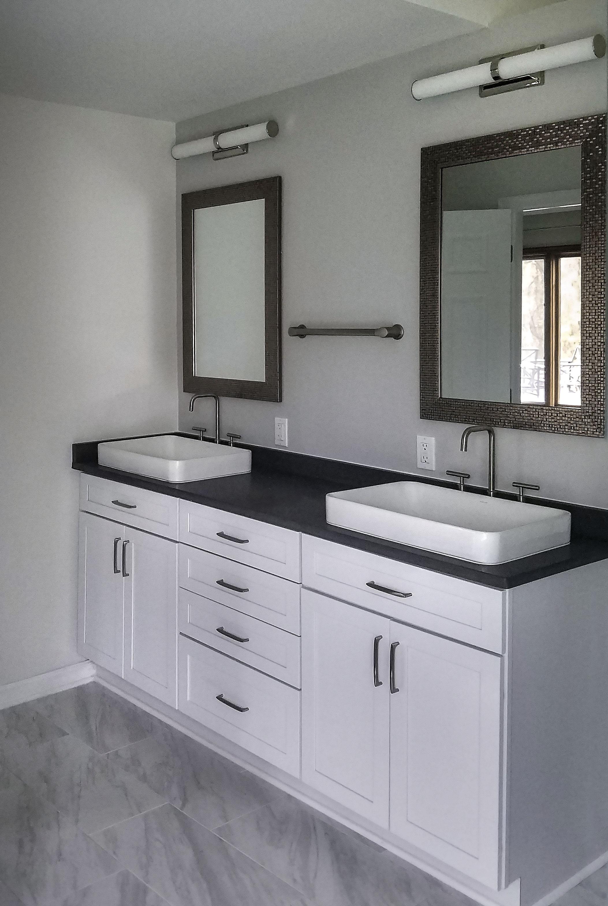 r2sr bathroom2 final edit.jpg