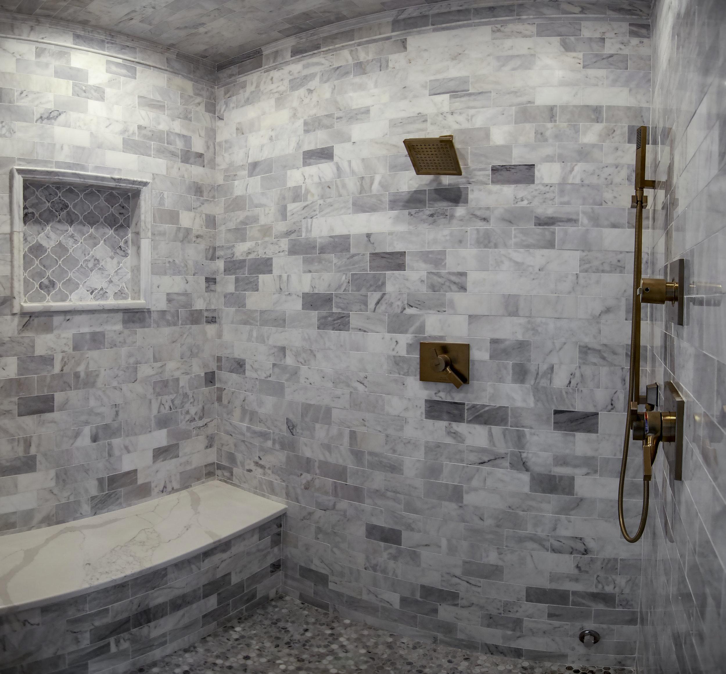 riverhouse master bath shower pano.jpg
