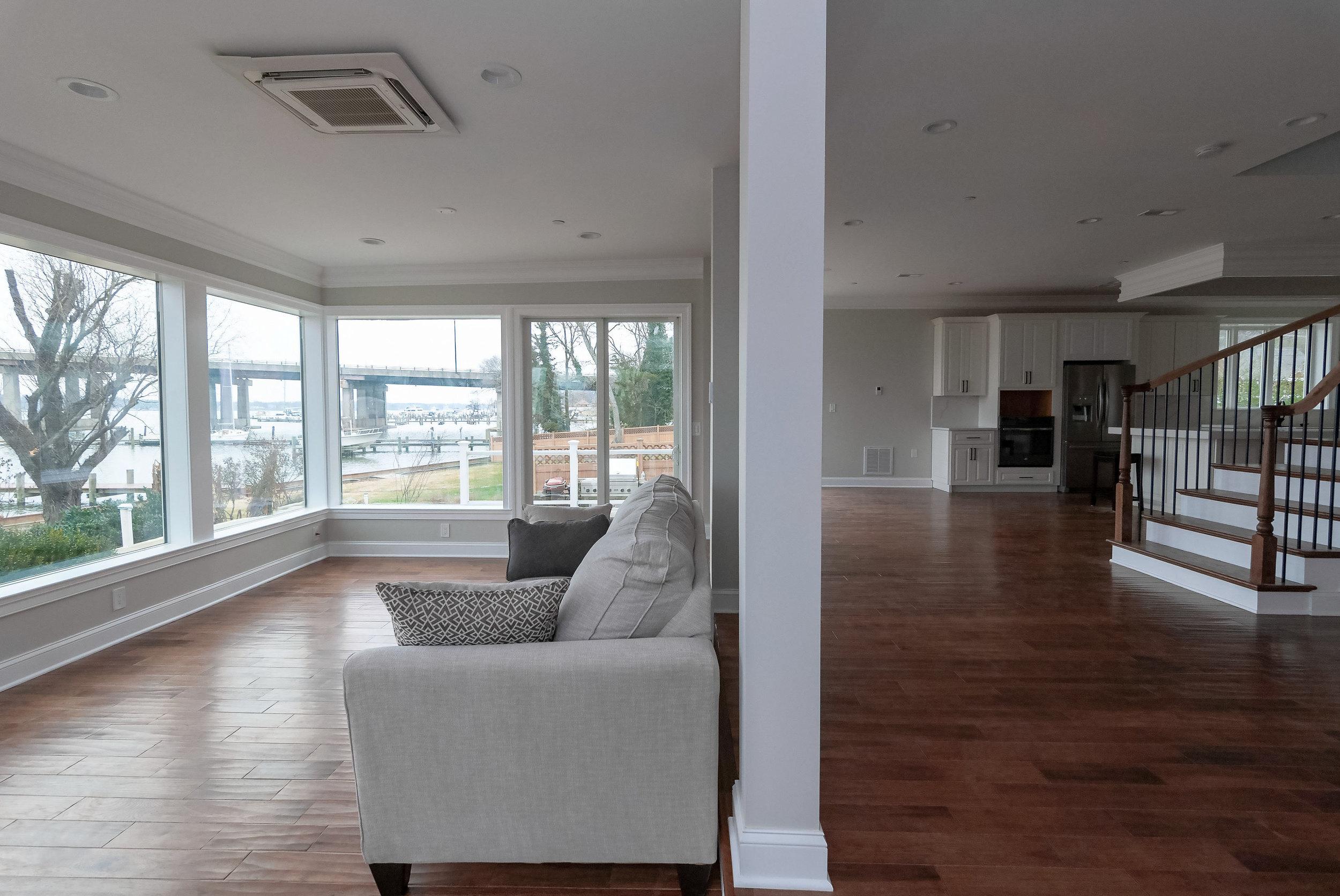 riverhouse living room 2-4b.jpg