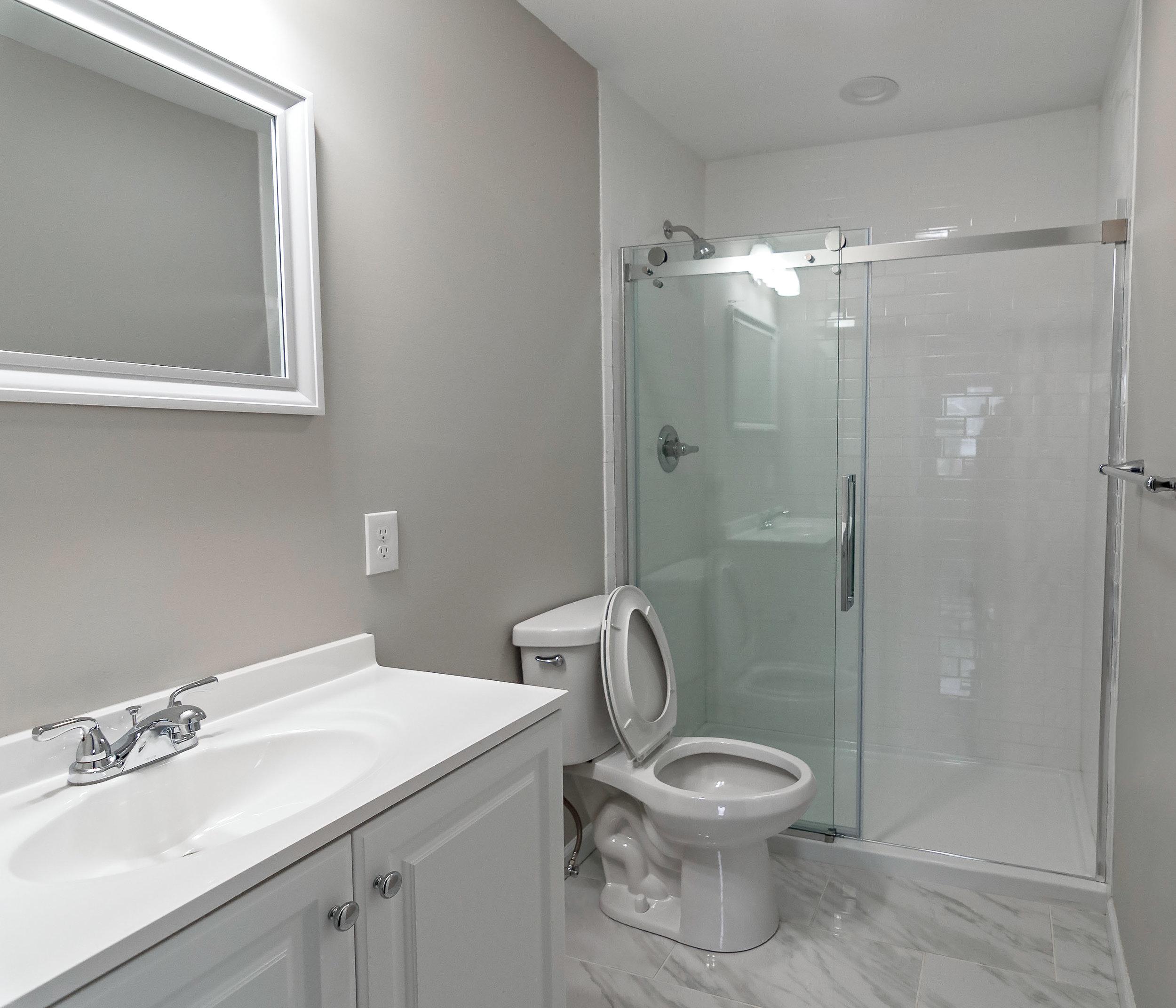 homeland entry bathroom 2-2.jpg