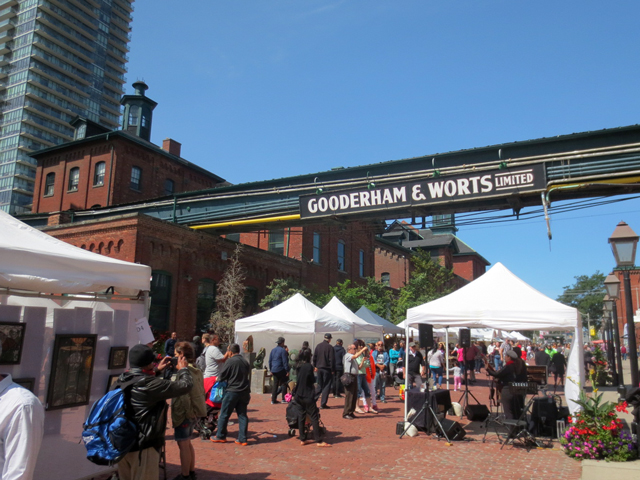 Artfest Toronto at the Distillery   May 19-21st, 11am to 6pm, Distillery Historic District   This lively and free event is an outdoor arts & craft show, taking place in the picturesque Distillery Historic District. The festival celebrates all kinds of Canadian art that spectators can enjoy, from painting, to photography, to sculpture, to live music!
