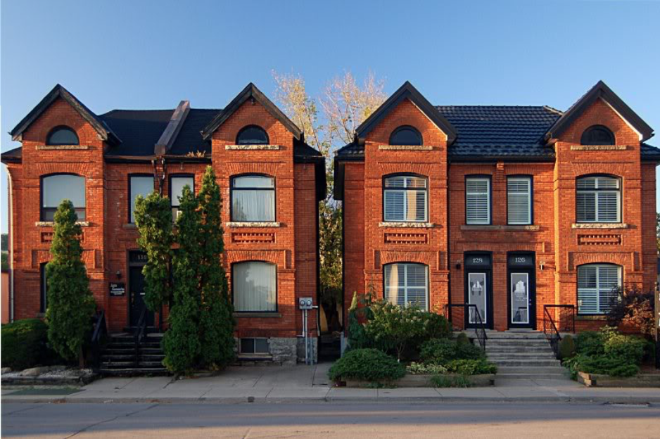 - Real EstateSome of the city's oldest Victorian row-houses are located right here in Corktown and have been instrumental in defining the architectural landscape of Toronto. Many of these homes were erected way back in the 1850's and 1860's located on narrow laneways. These properties are some of the smallest in Toronto, with some as little as 12 feet in width.Corktown is currently seeing a number of building conversions take place. Former industrial and commercial buildings are now being converted into residential lofts and studio apartments outfitted with modern features. Many of these are work/live buildings that skillfully combine residential and commercial uses.The trend of development in Corktown - as well as in neighbouring communities - isn't showing any signs of slowing down anytime soon. It will be interesting to see what the neighbourhood of Corktown will look like in the near future as developers continue to set their sights on this downtown community.
