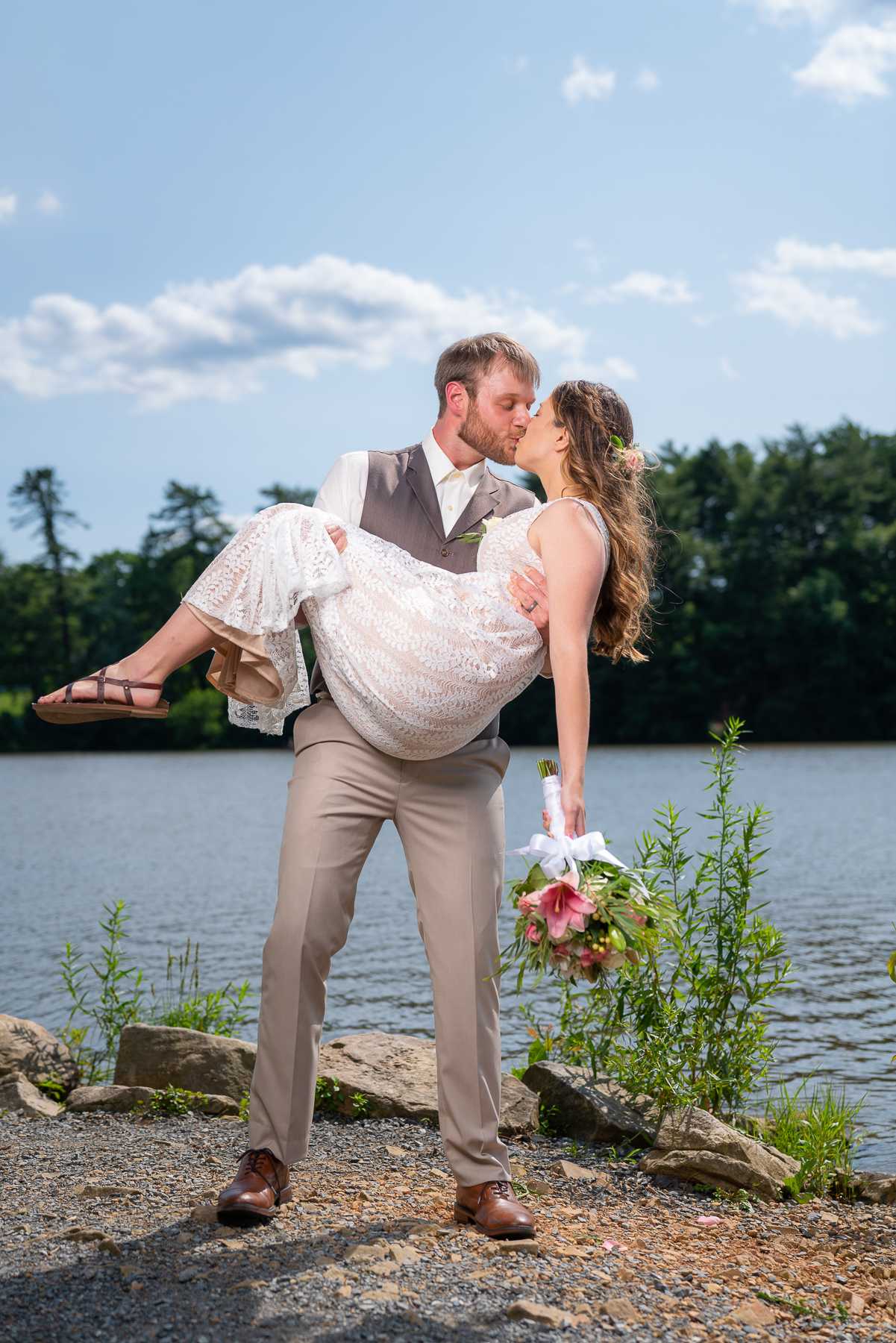 The Lake made for a lovely backdrop for their photos!