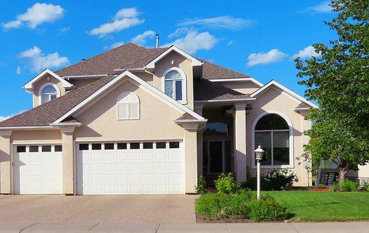 house-2418106__340.jpg