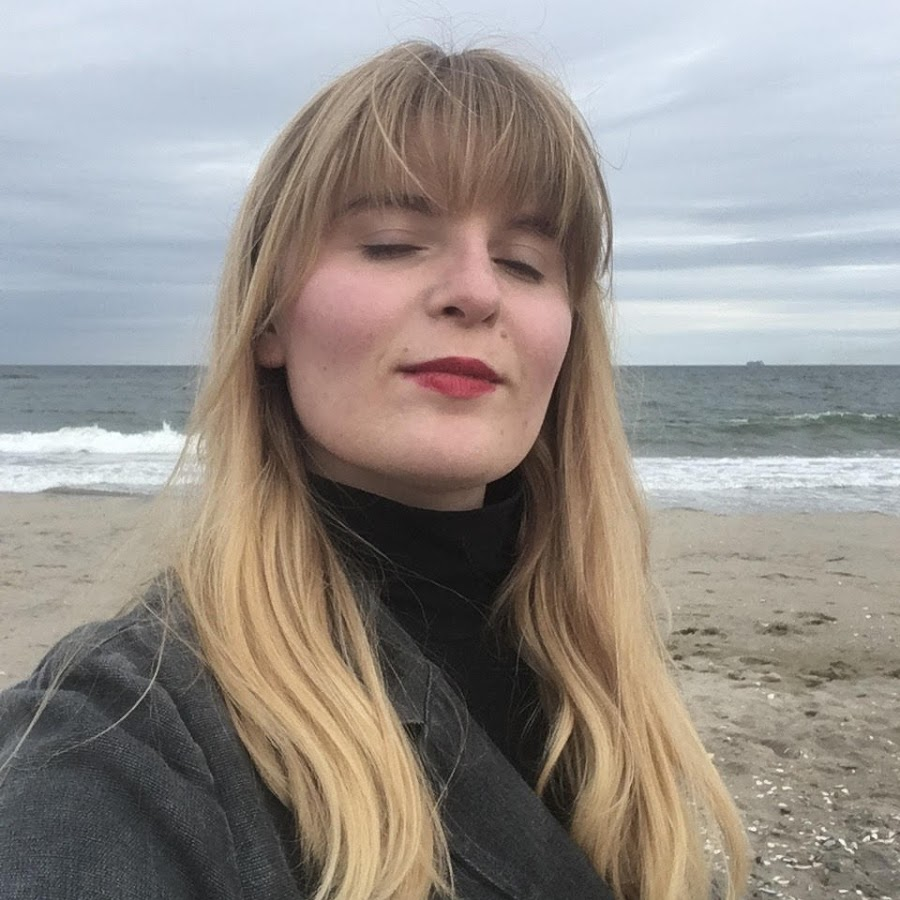 DAISY STACKPOLE IS AN ARTIST, EDUCATOR, AND ACTIVIST FROM THE SOUTH INTERESTED IN SOCIAL JUSTICE AND VISUAL CULTURE - @younggertrudestein