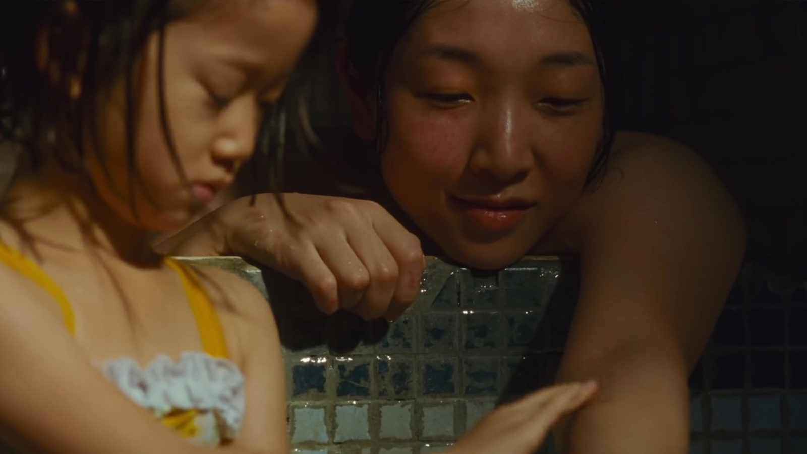 2. Shoplifters (dir. Hirokazu Kore-eda) - A family of small-time crooks take in a child they find outside in the cold.