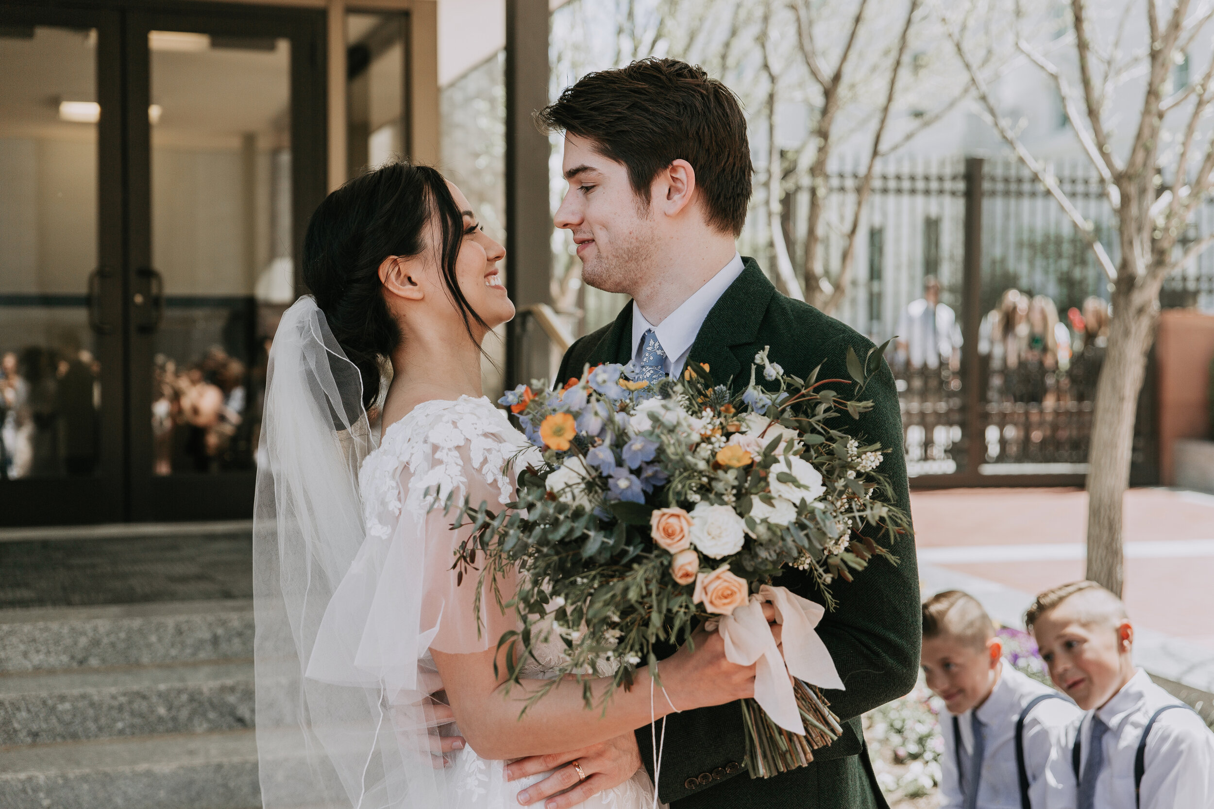 Spring Wedding in Salt Lake City - Salt Lake City Wedding Photographer - Utah Wedding Photography by Natalie Michelle Photo Co.
