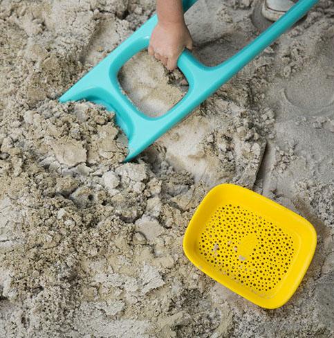 BeachRentalsDrifters_quut_scoppi_inuse_garden_3-crop-u44402.jpg