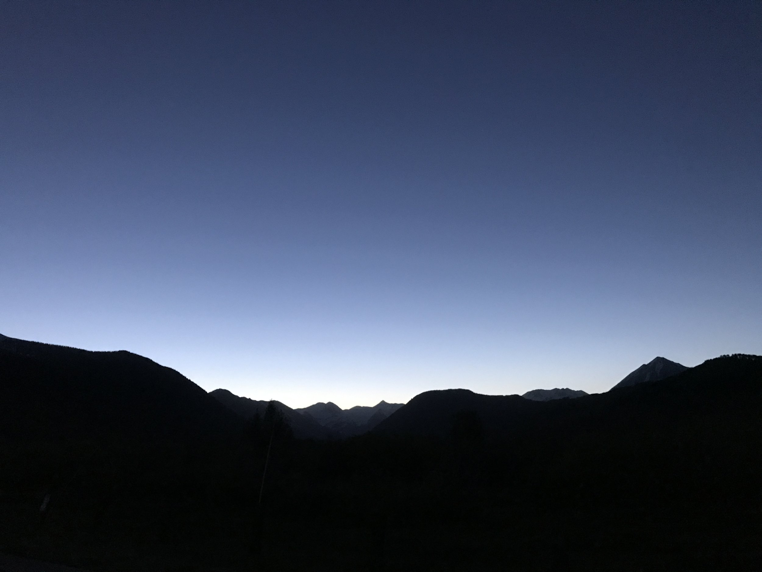 CO_night_mountain_line.JPG