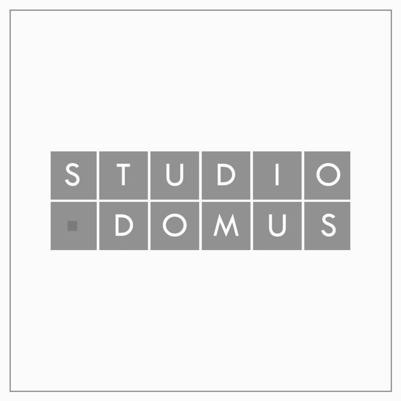 STUDIO DOMUS  -             Firma de Arquitectura   Studio Domus es una firma de arquitectura con base en Guatemala, y presencia en toda Centroamérica. Nuestra punta de lanza es crear un diseño contemporáneo de la mano del desarrollo sostenible y las últimas soluciones en tecnología, a través de arquitectura innovadora. Nuestro portafolio incluye más de 200 proyectos de interiores corporativos y arquitectura.