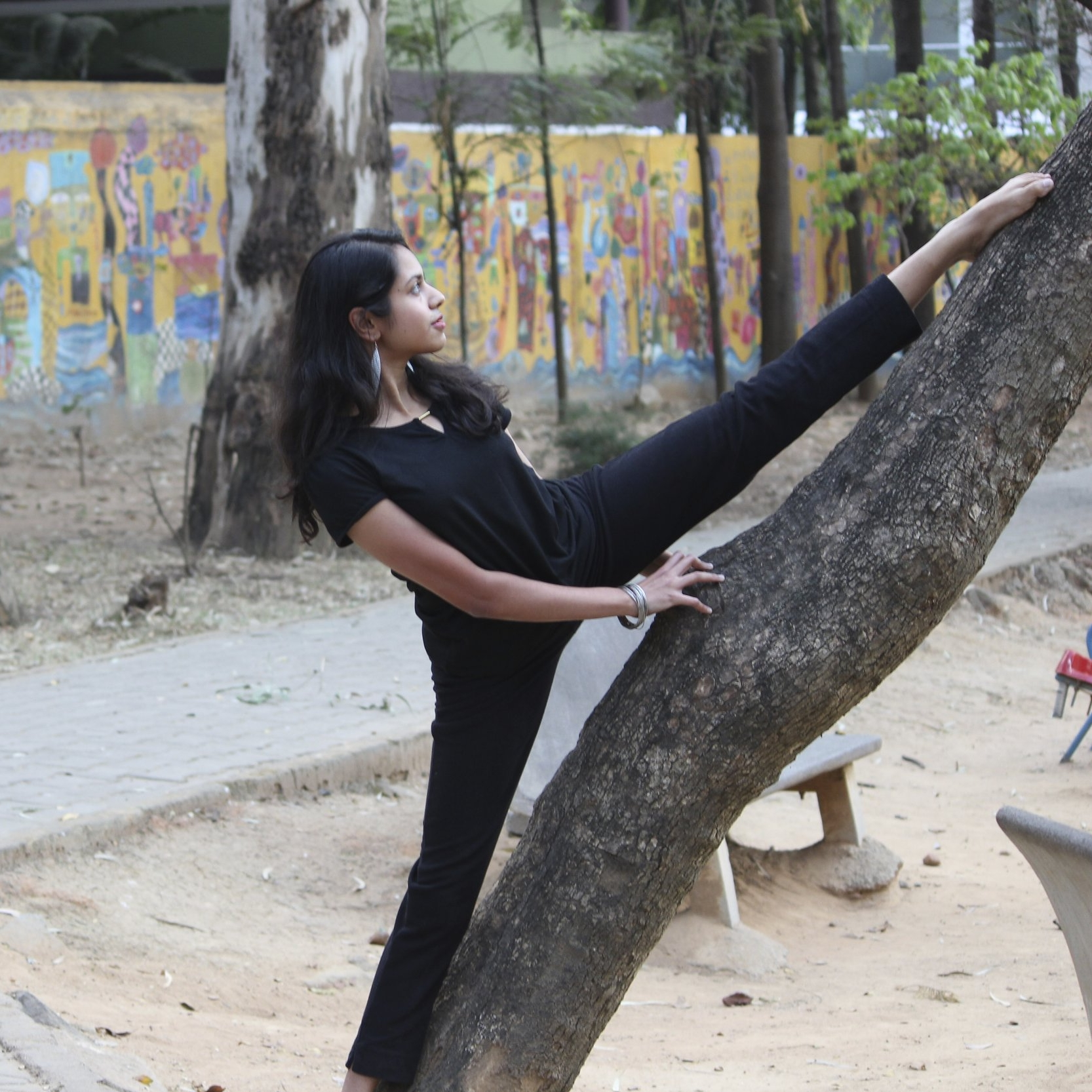 Shashwati Claudina da Cunha / arts + academics  searching for stillness in movement