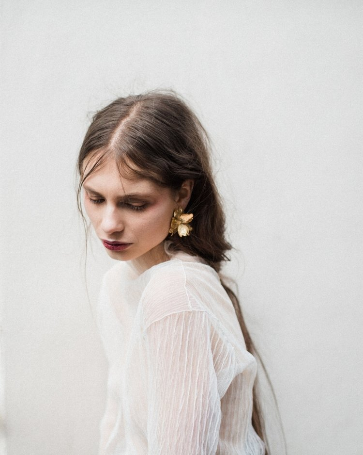 flore earring.jpg