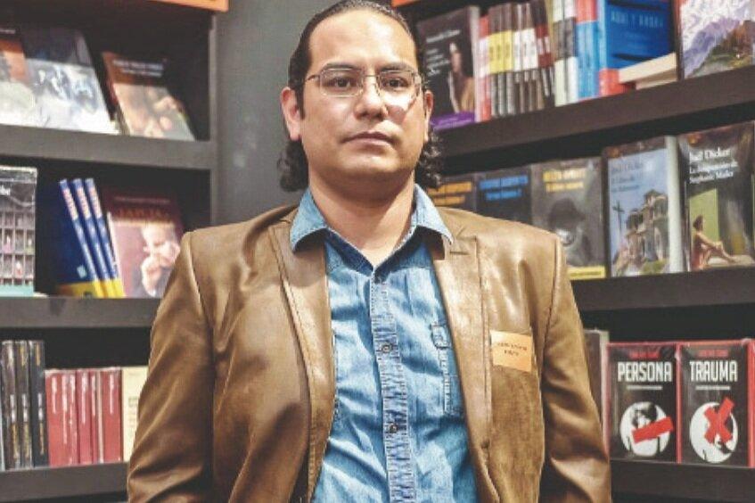 Luis Jorge Boone - Writer