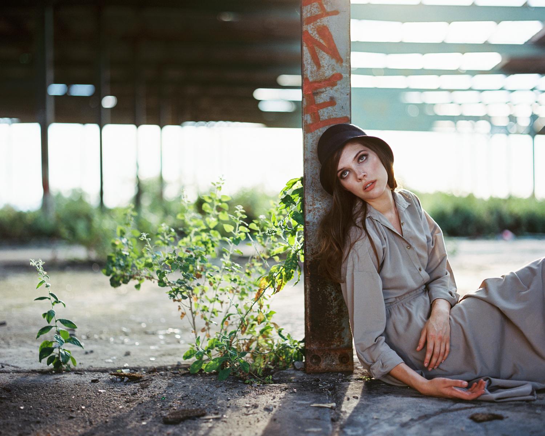 7_Jennifer_Arizona_Pentax_67_kodak_Portra_400_wearhouse_vintage_Portrait_Copyright_Taylor_Noel_Photography.jpg