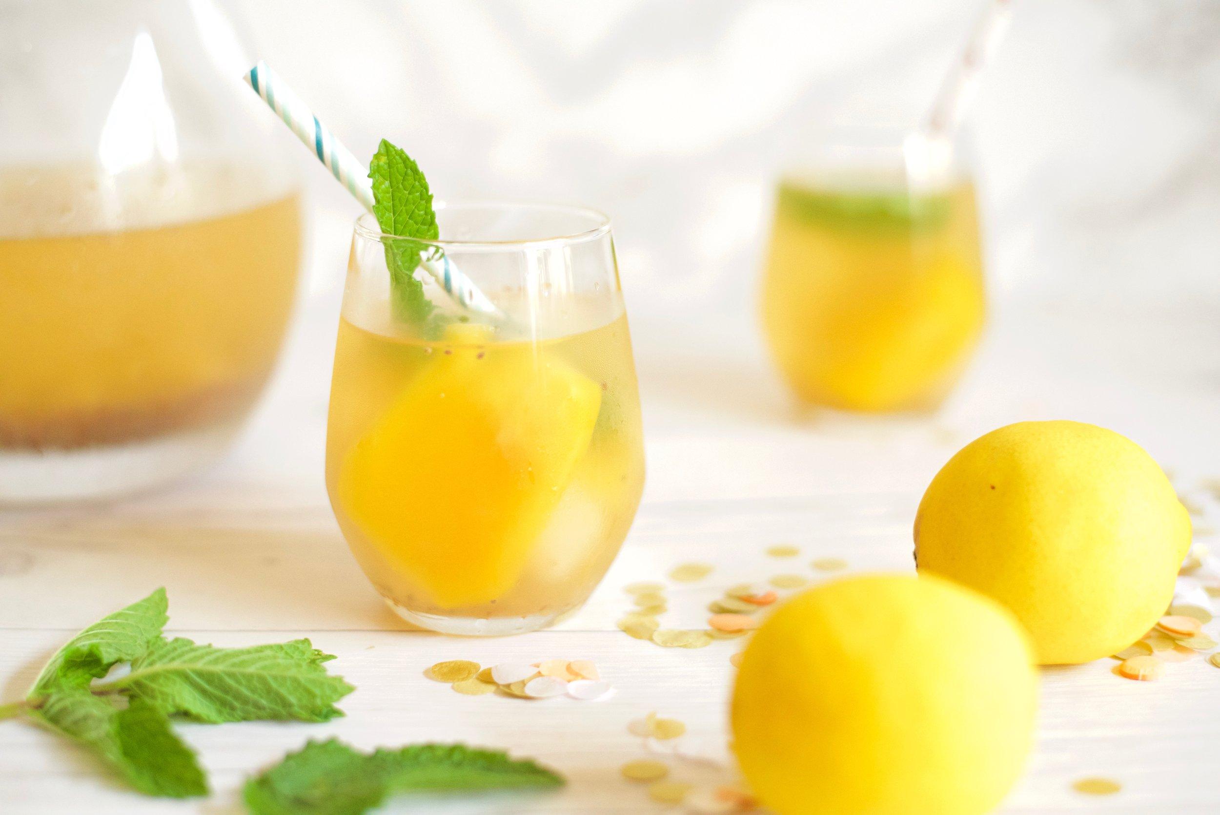 Tropical-Asian-Fruit-Lemonade_DSC_3911.jpg