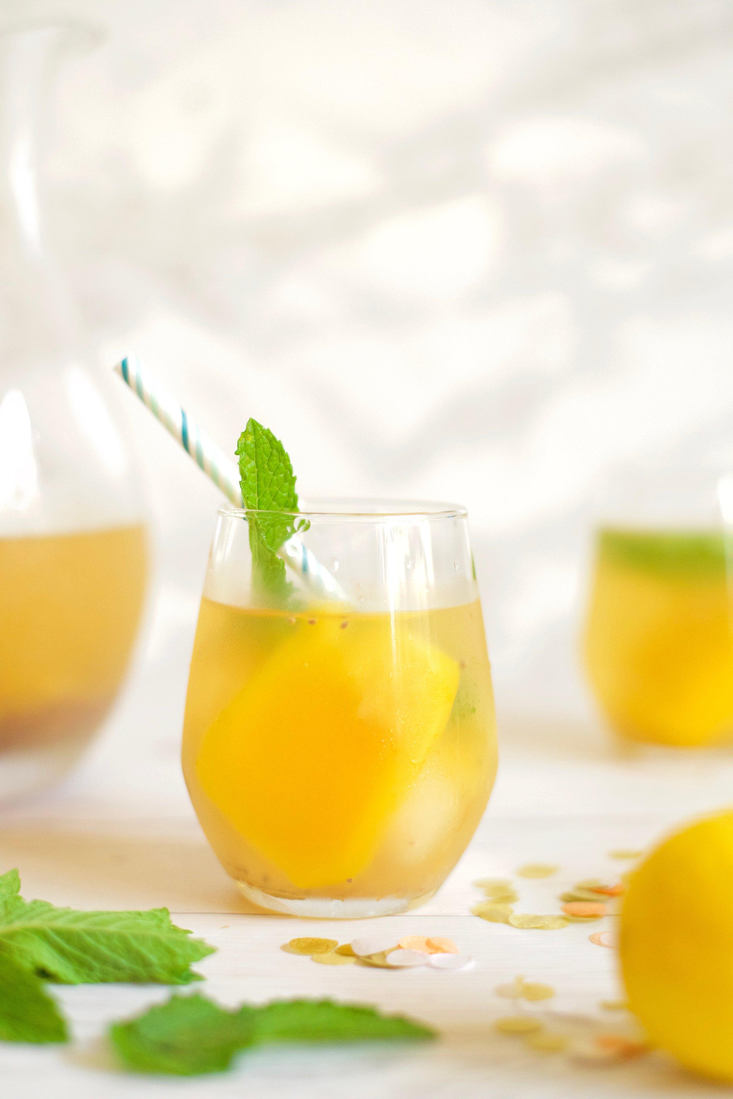 Tropical-Asian-Fruit-Lemonade_DSC_3915.jpg