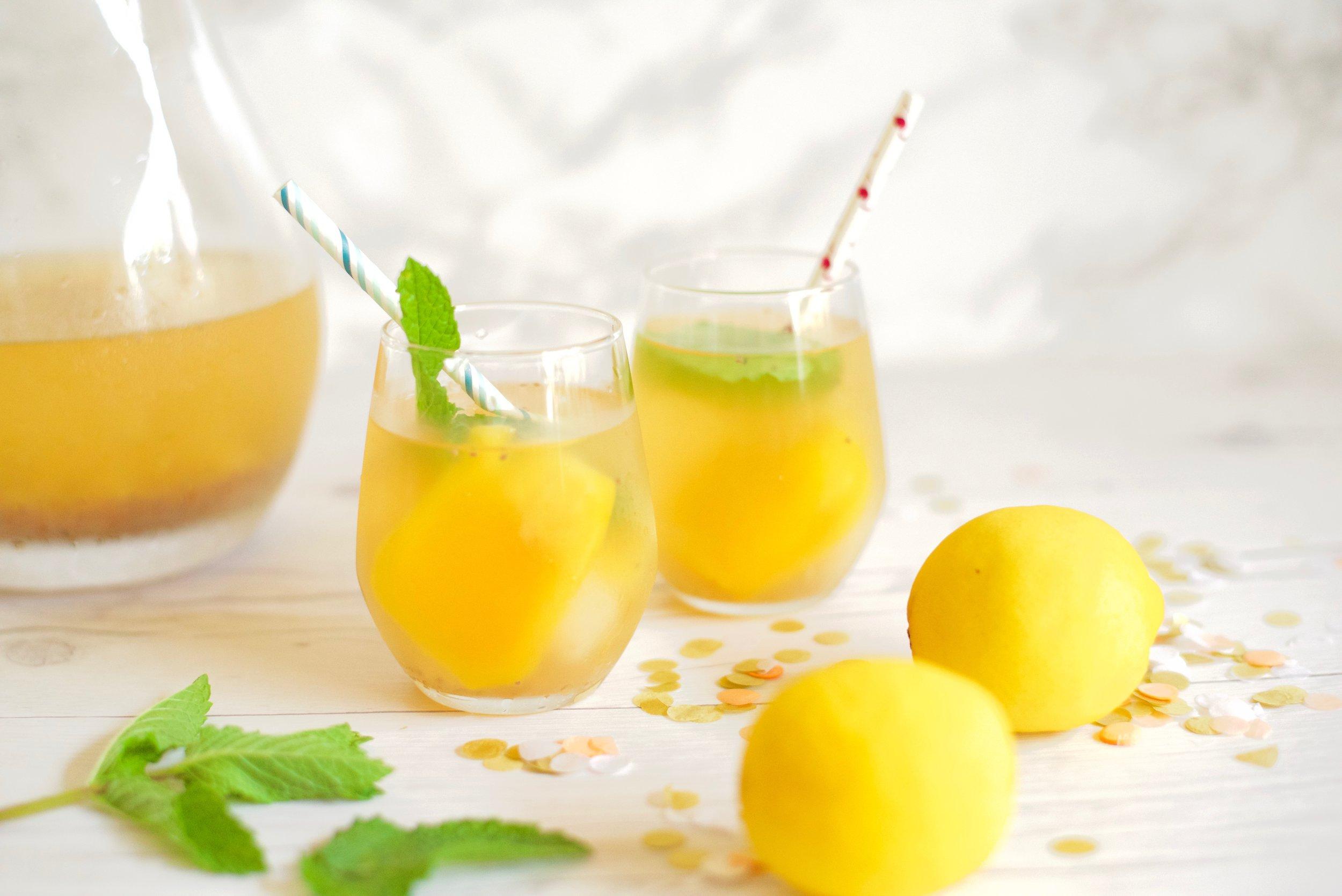 Tropical-Asian-Fruit-Lemonade_DSC_3919.jpg
