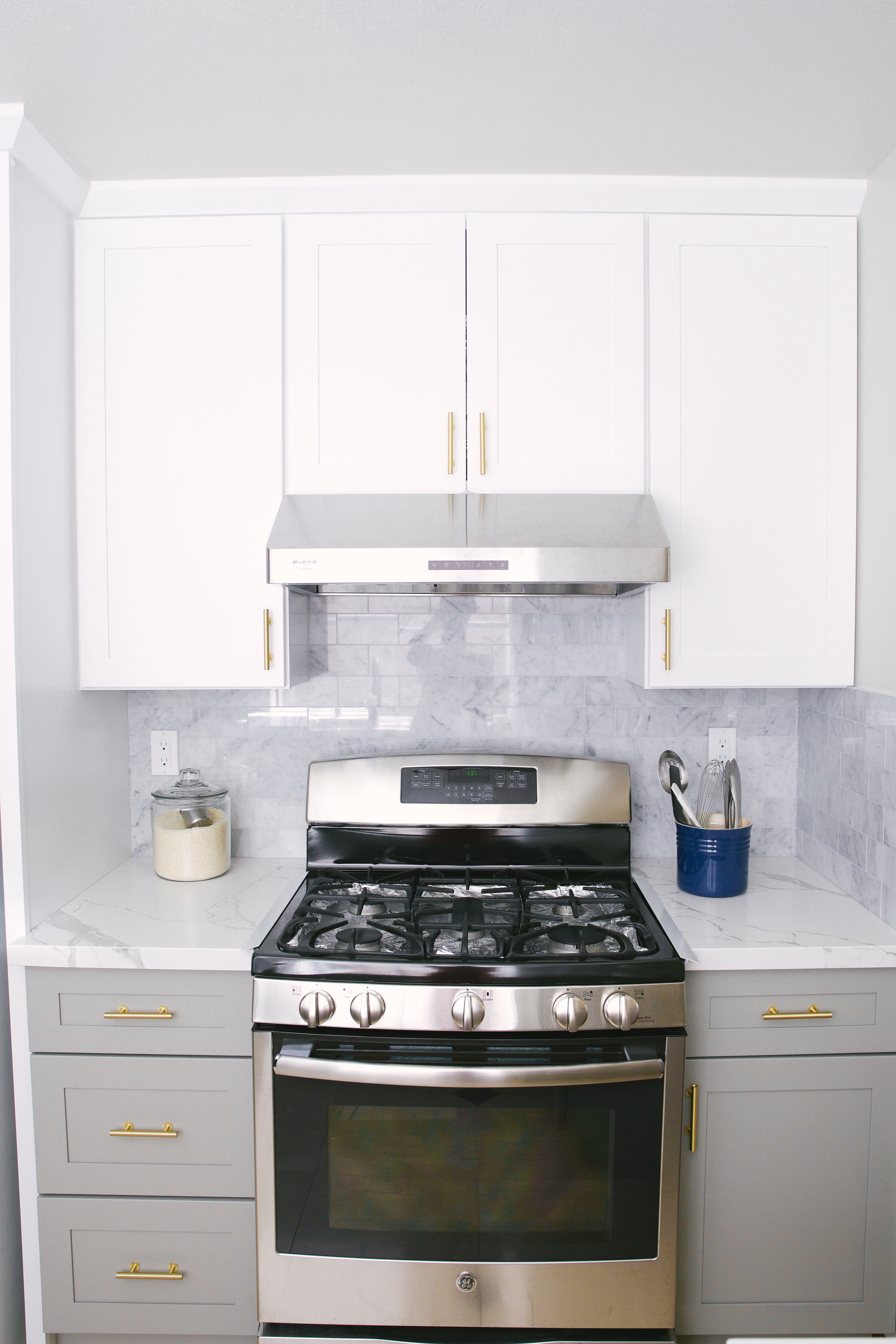 Small Kitchen Makeover After_DSC00004-2.jpg