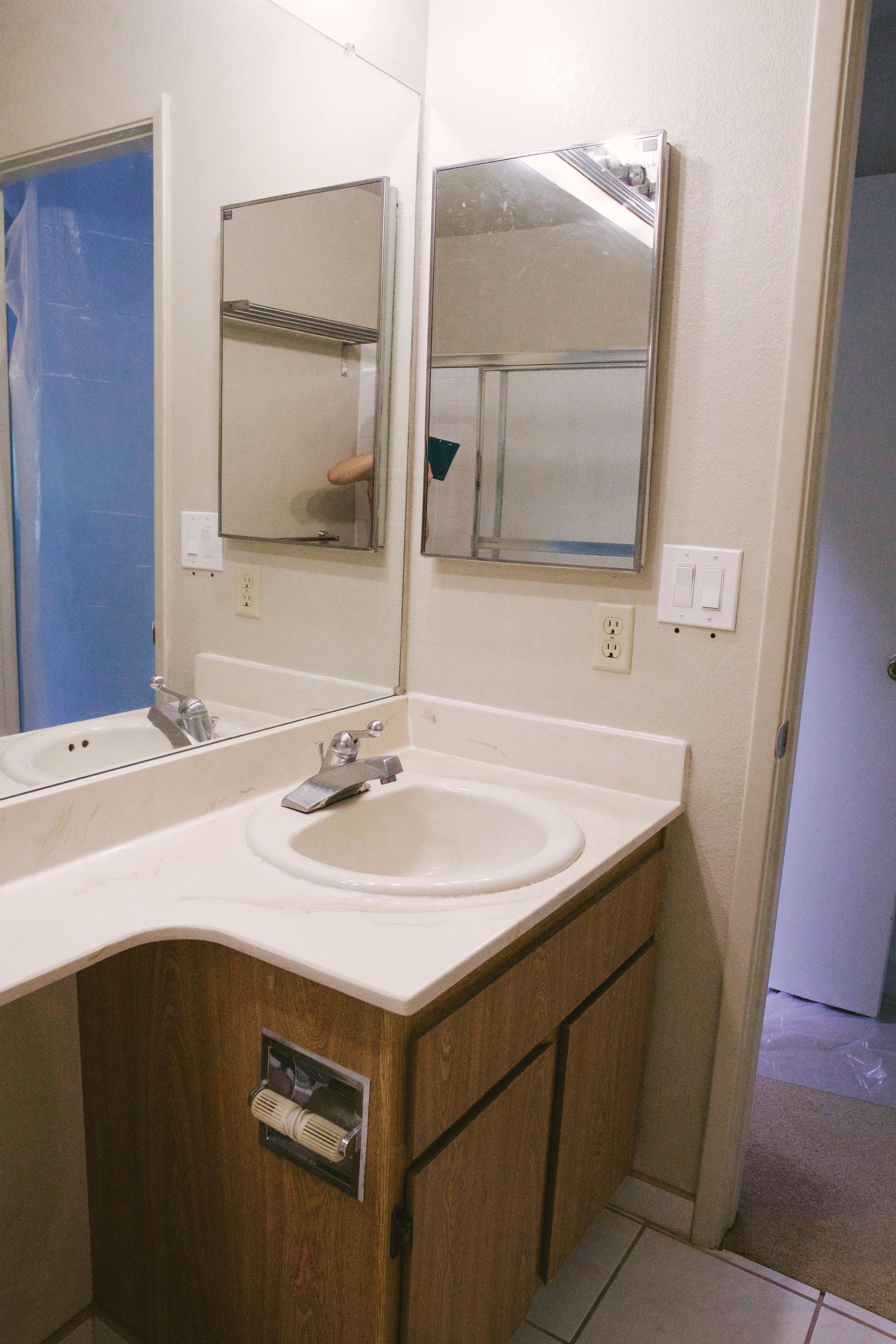 Small Bathroom Makeover Before_DSC09832-2.jpg