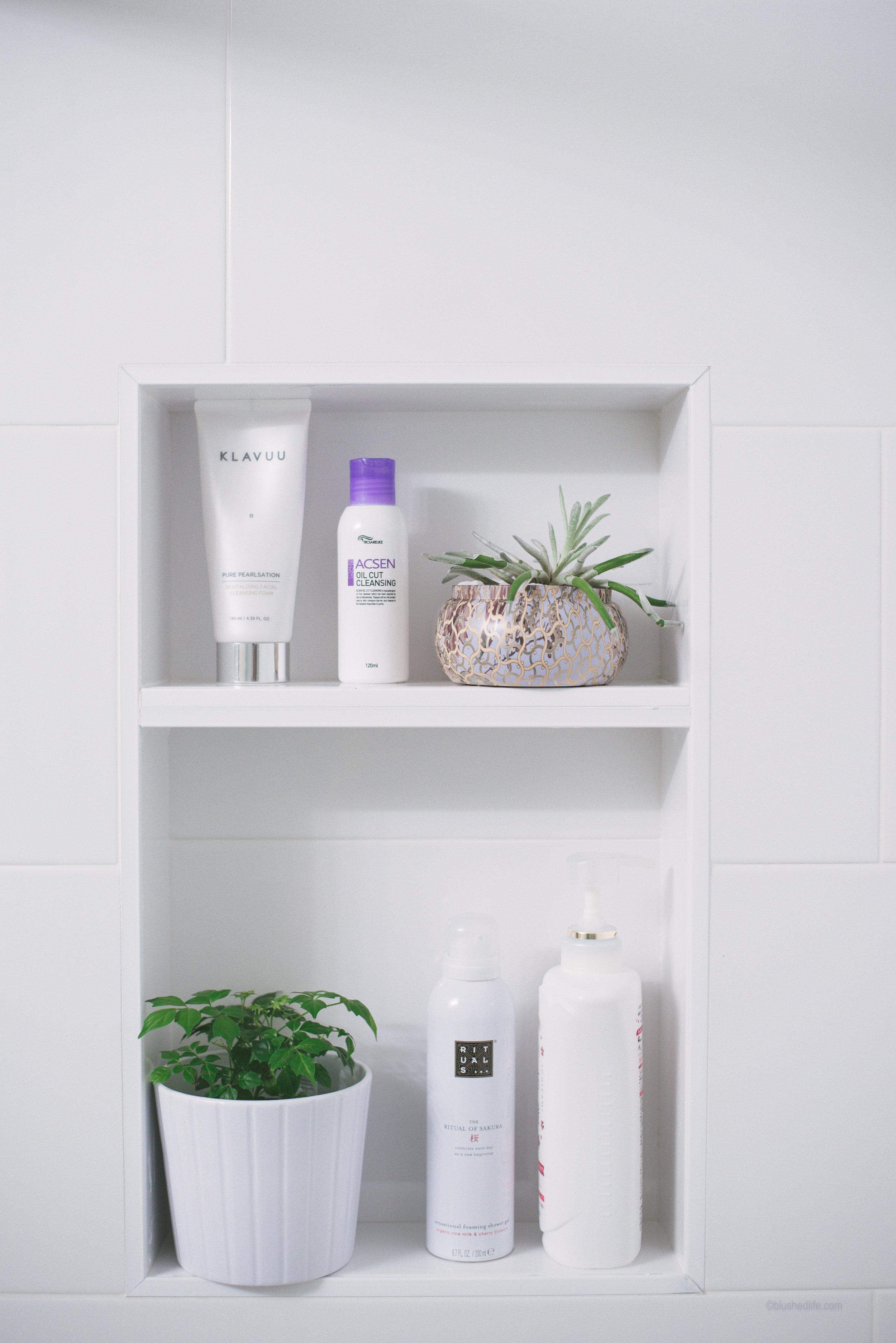 Small Bathroom Makeover After_DSC_5358.jpg