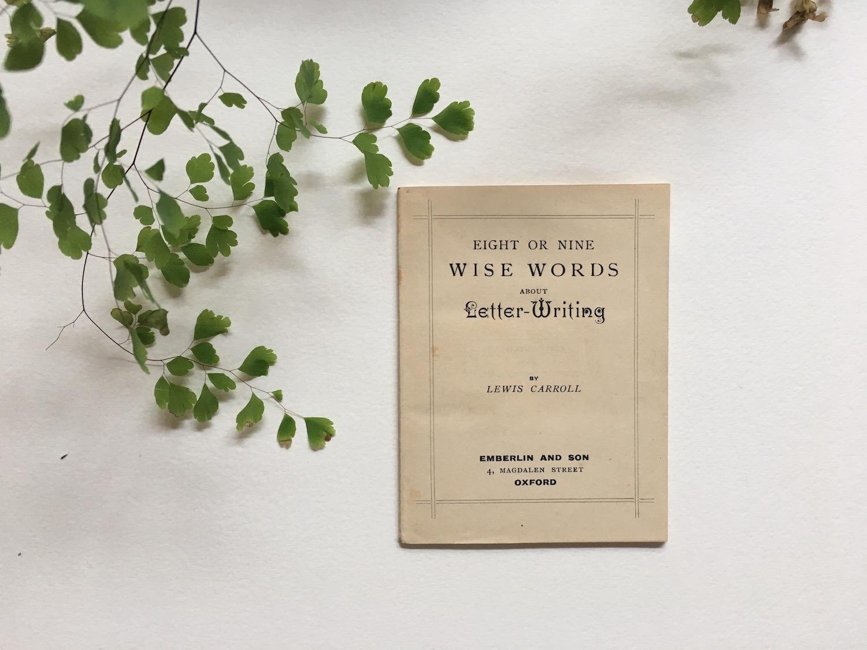 wonderland-letter-book