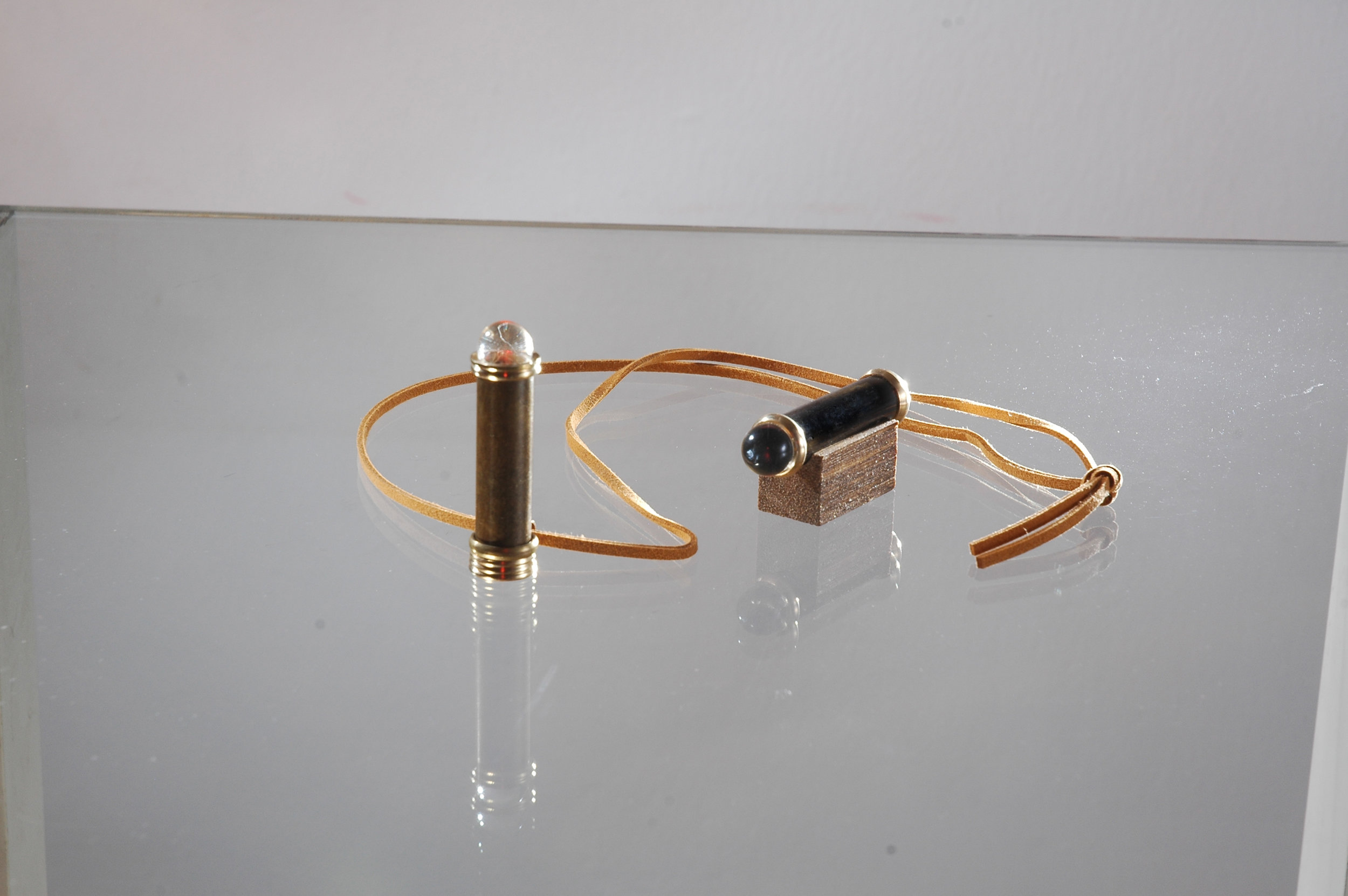 MINI TELEIDOSCOPE ON A STAND AND WITH CORD.jpg