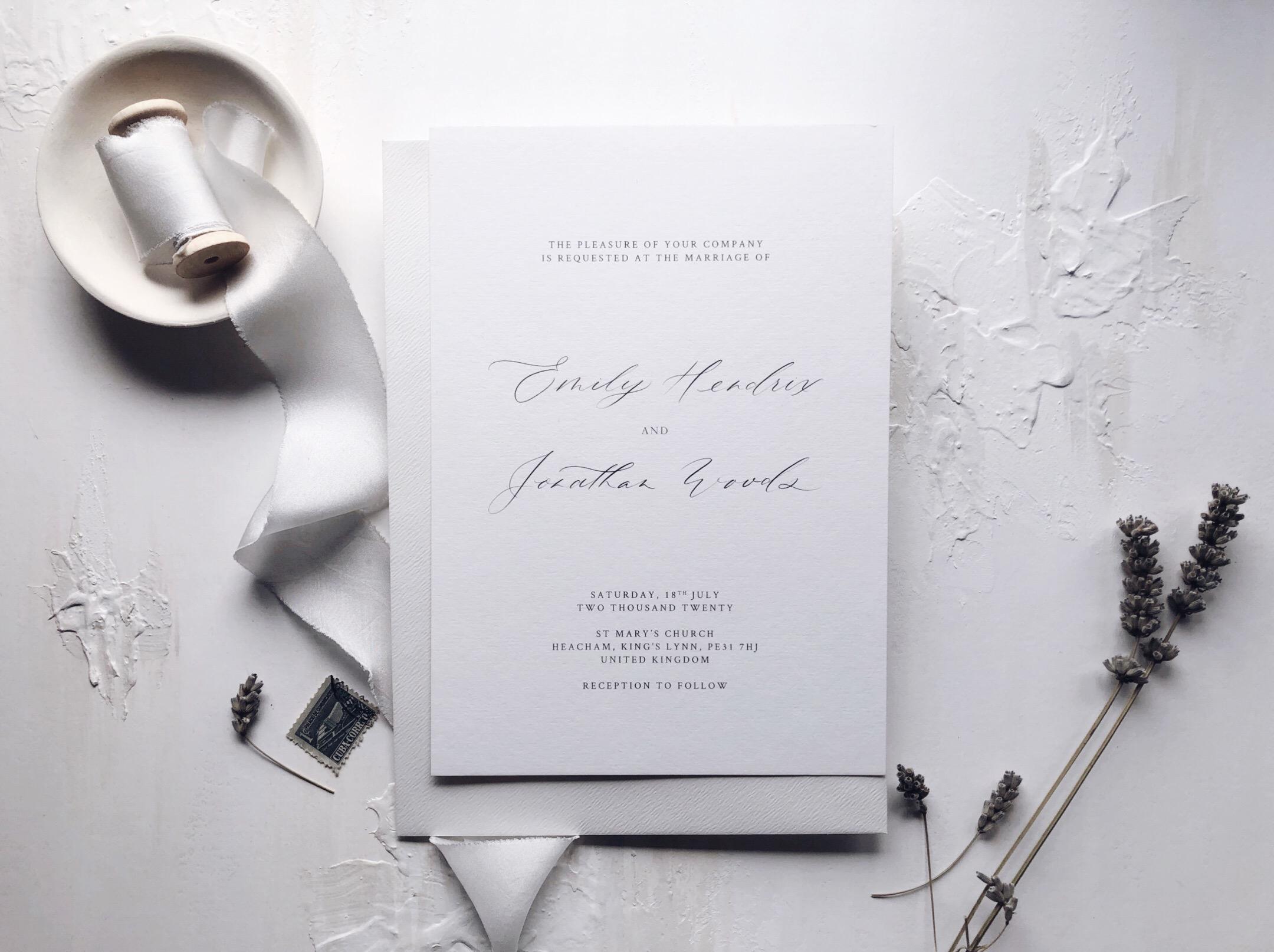 minimalist_luxe_wedding_invitations