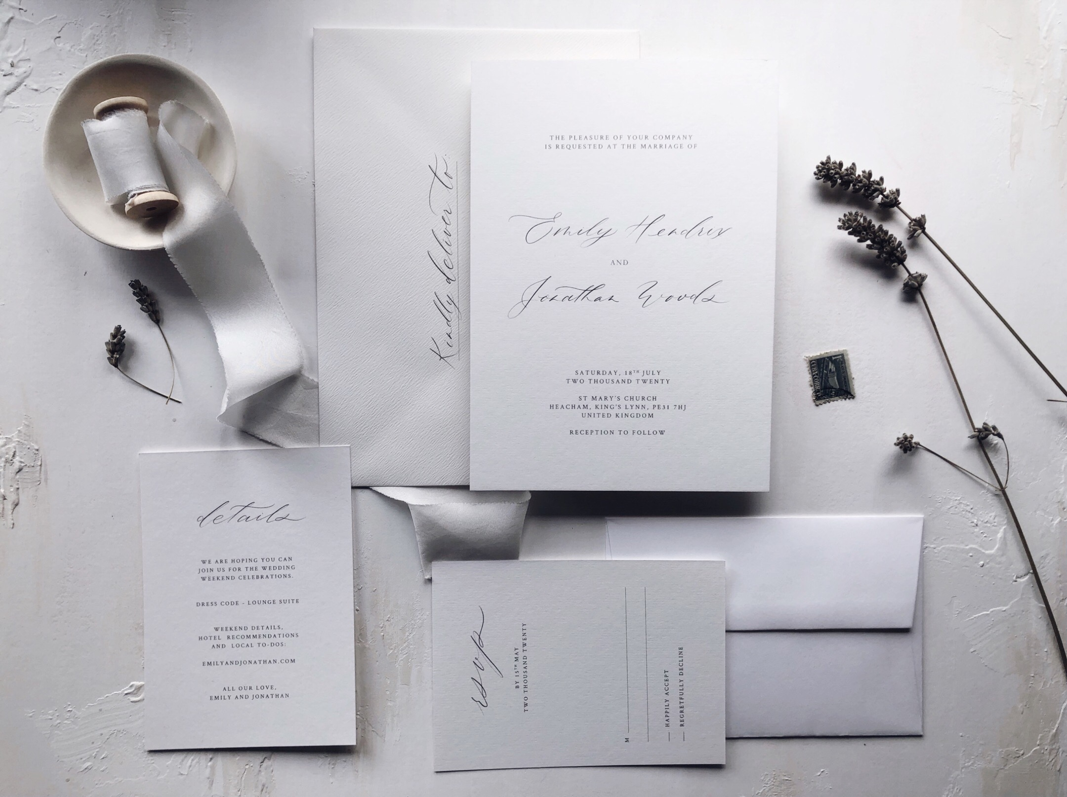 fine_art_wedding_invitations