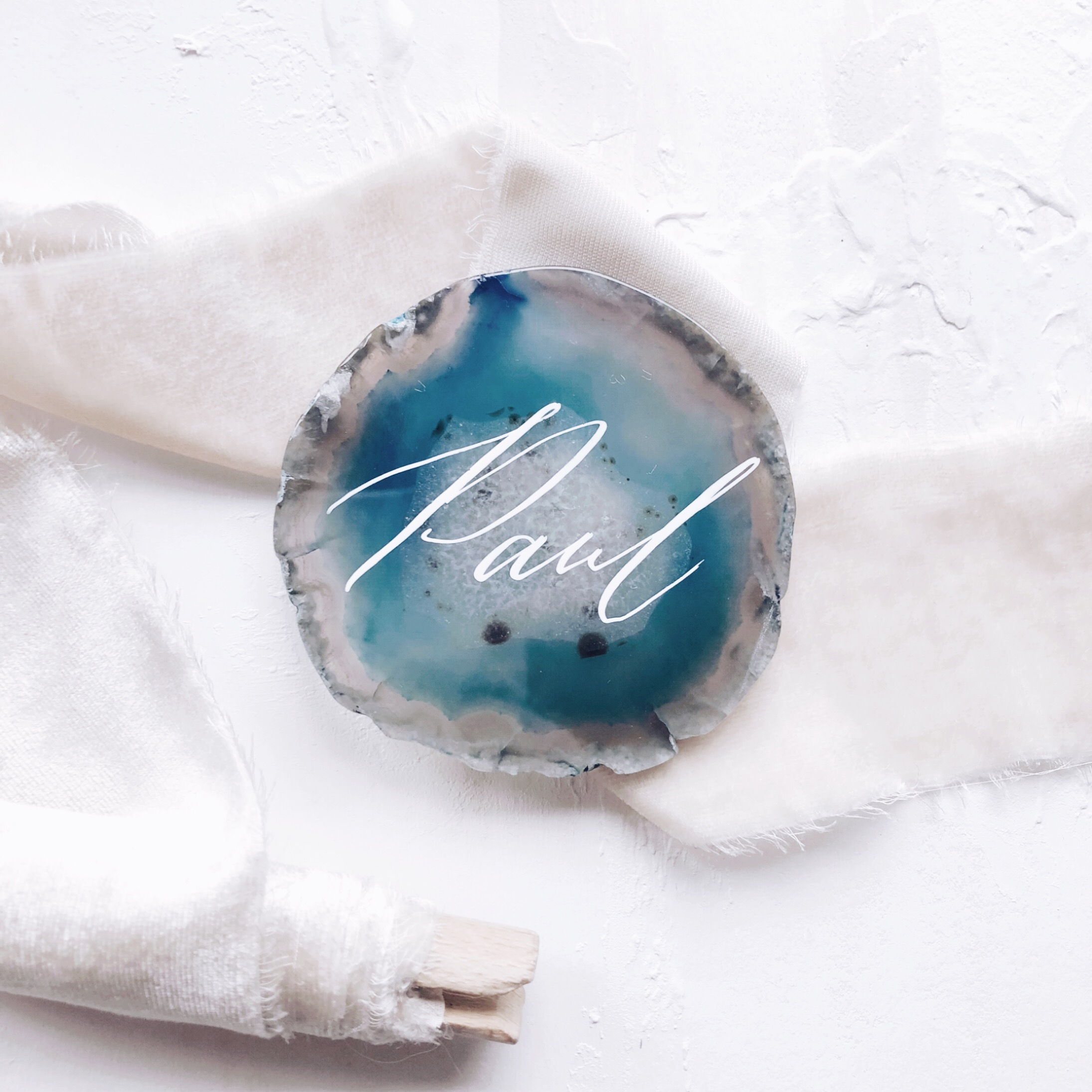 agate_place_card_calligraphy