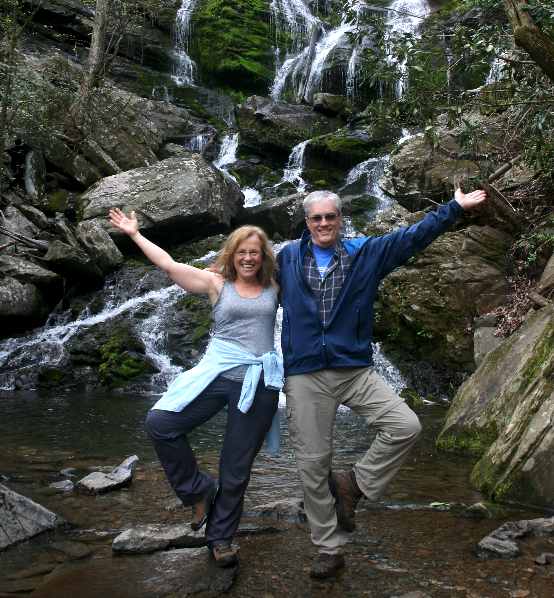 vacation-ideas-asheville-nc-yoga-hiking-waterfalls.png
