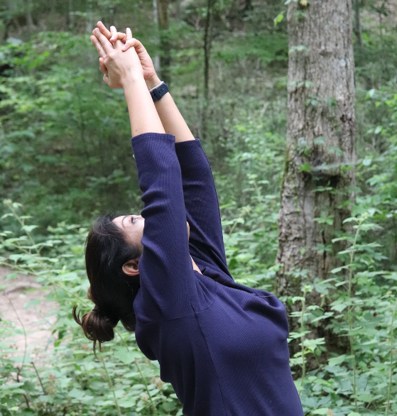 asheville-nc-yoga-hikes-solo-women-travelers.png