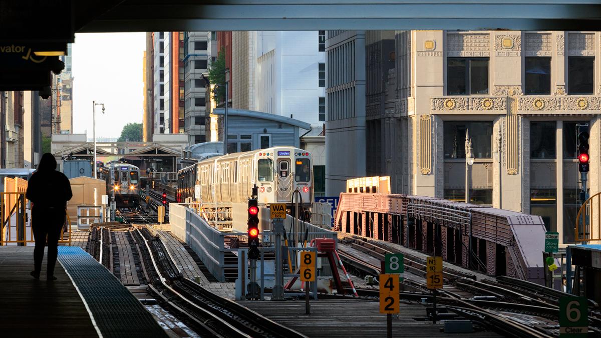 Merchandise Mart Elevated Train stop