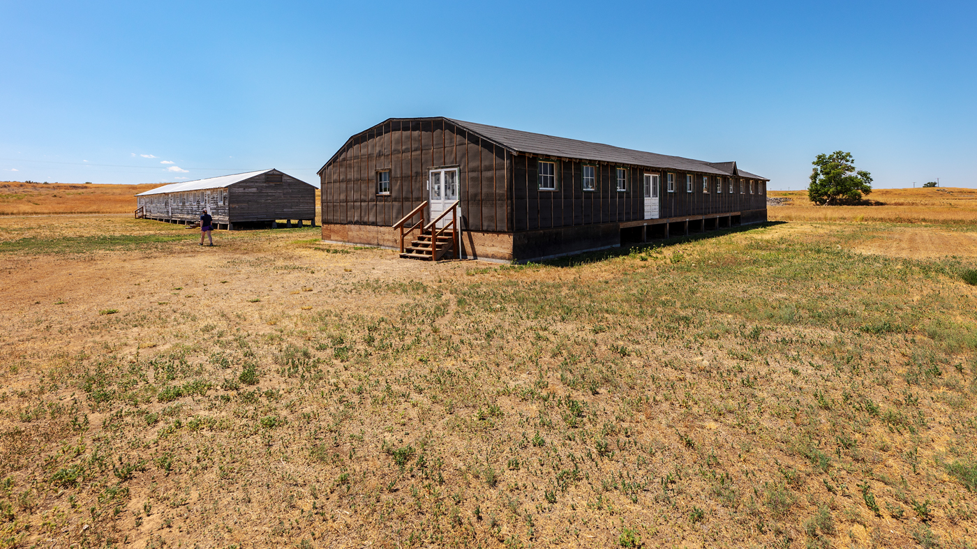 Mess hall and barracks, Minidoka