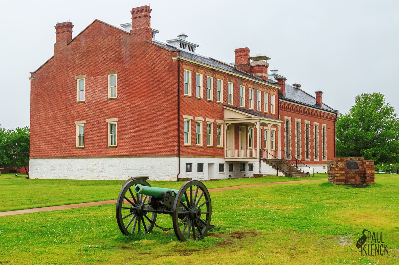 Ft. Smith barracks, courthouse and jail
